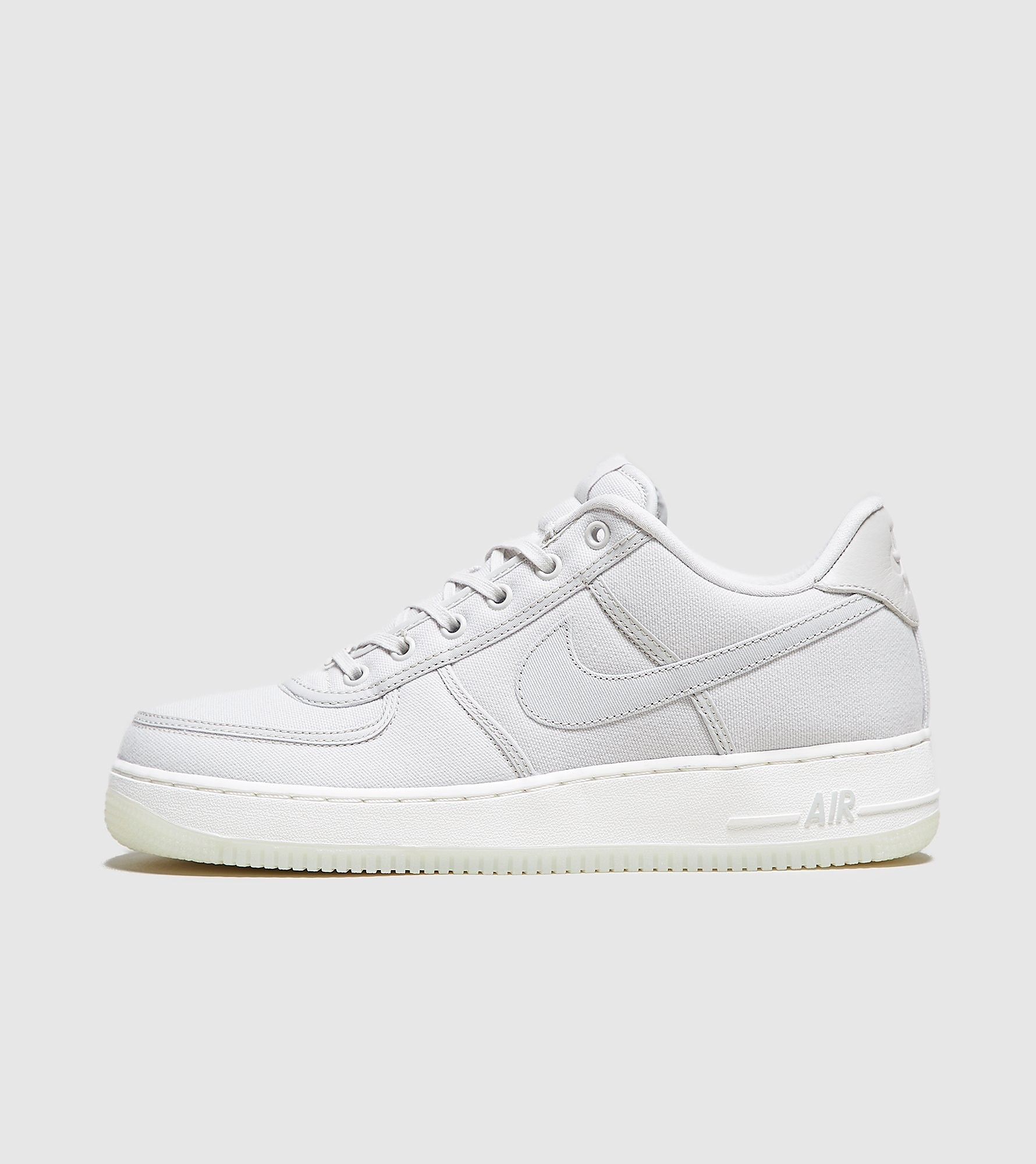 lowest price a9037 13d8f 30% Nike Nike Air Force 1 Low Retro QS Canvas, Grey