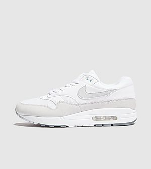 6c7b98ed40a3 Nike Air Max 1 Essential ...