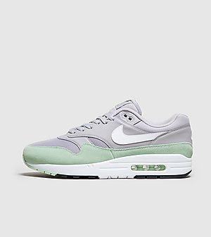 a5eeec74af99 Nike Air Max 1 Essential ...