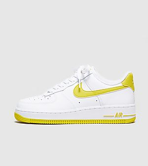 separation shoes 449bf eeb71 Nike Air Force 1  07 LV8 Femme ...