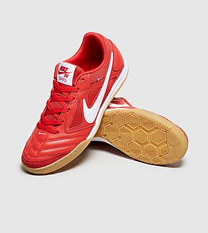 huge selection of 3a9c4 cc15e Nike SB Gato Nike SB Gato