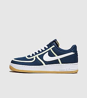 finest selection 3d688 1ccc6 Nike Air Force 1  07 Premium ...