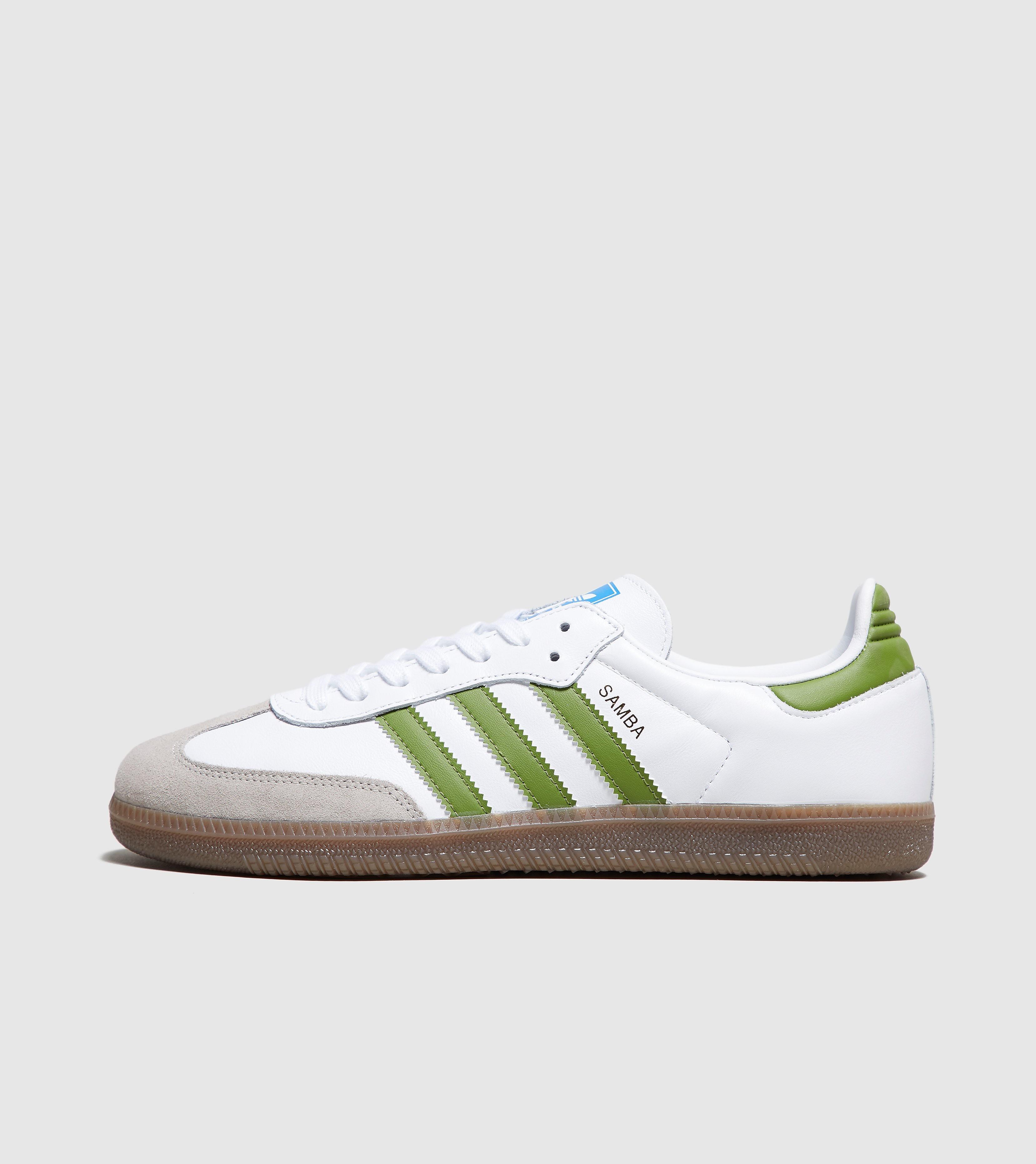 4d84a82304 size? - London Trend
