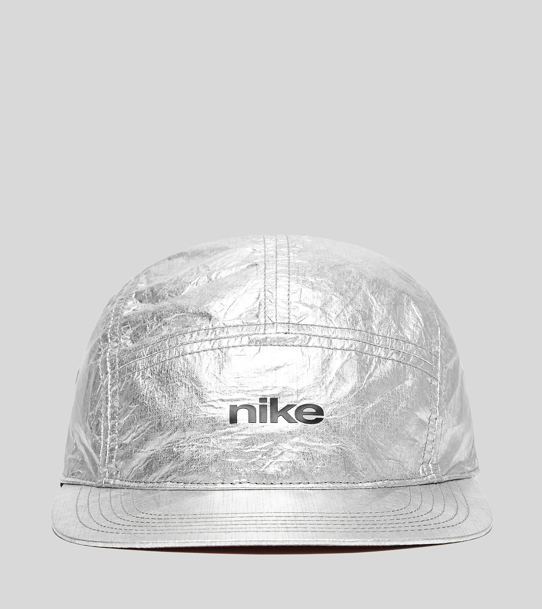 quality design 4272c 4bd73 Nike - London Trend