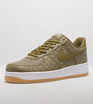 Nike Air Force 1 07' LV8