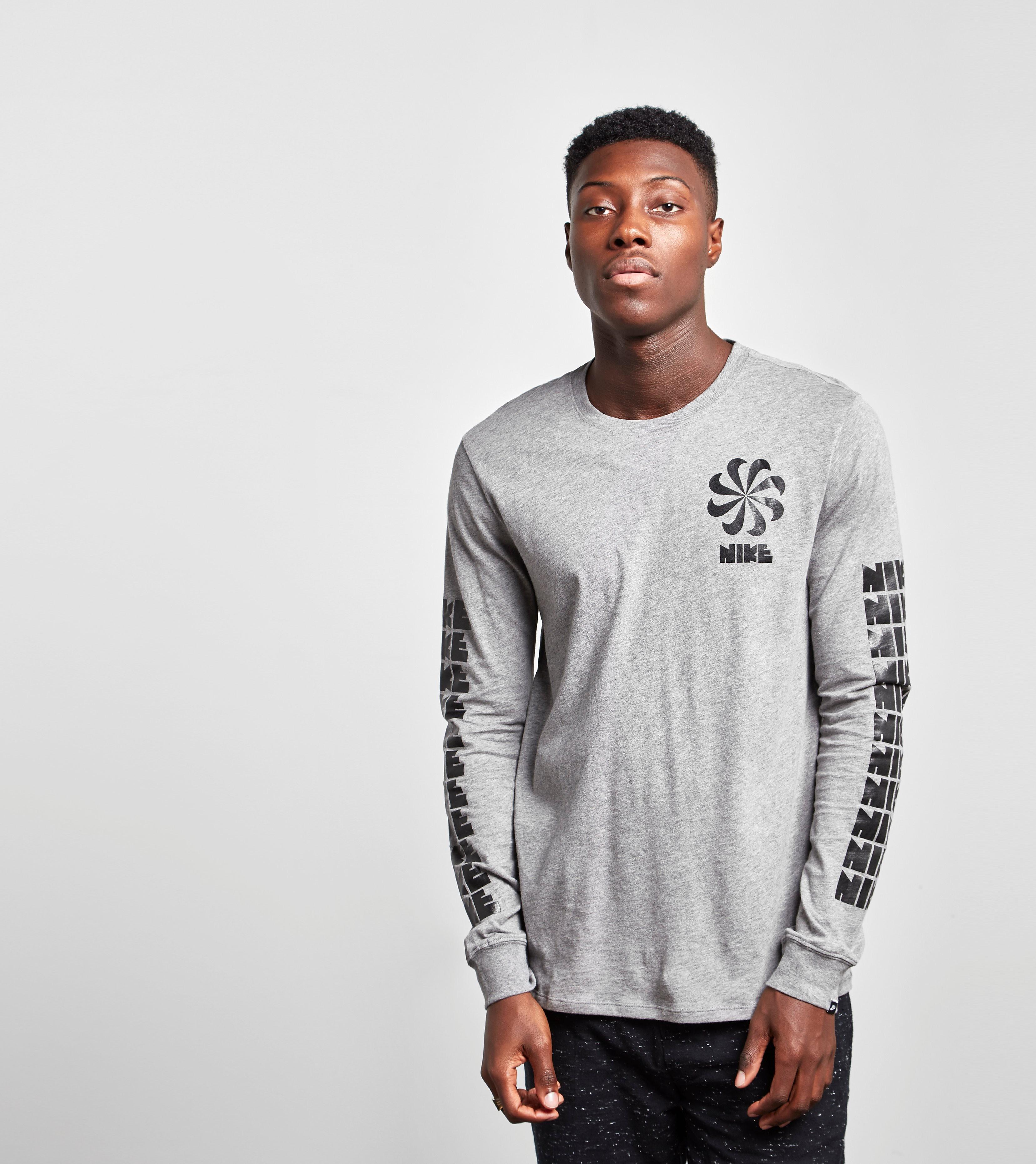 Nike Legacy Long-Sleeved T-Shirt