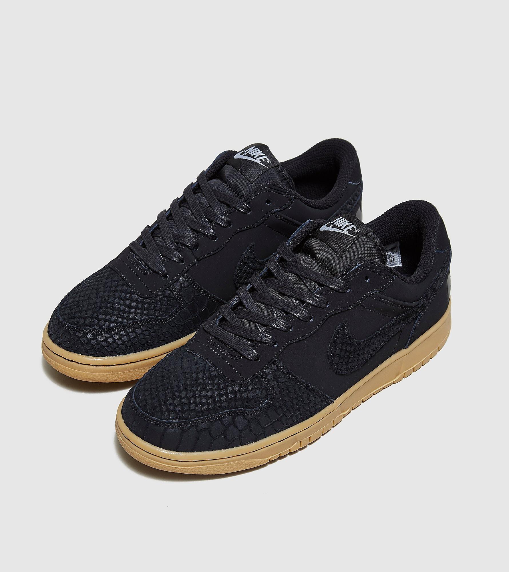 Big Nike Lux