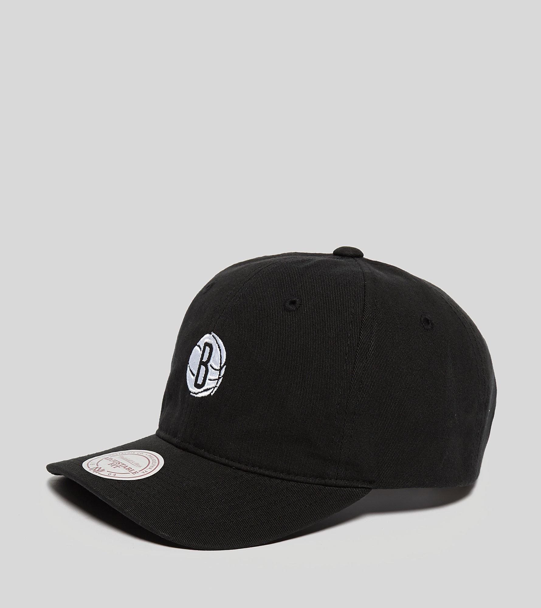 Mitchell & Ness Brooklyn Nets Chukker Snapback Cap