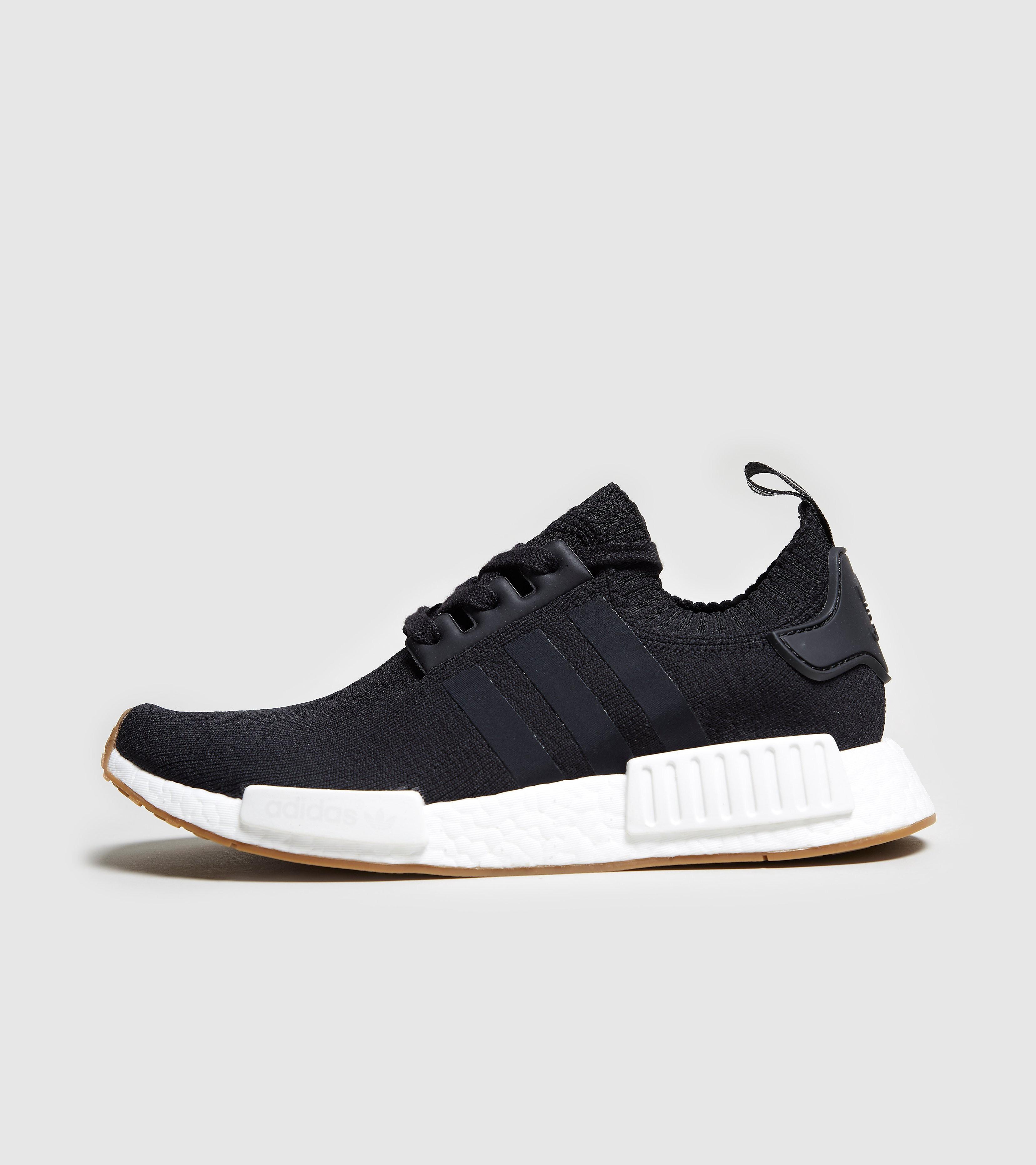 adidas Originals NMD_R1 Primeknit, Black/White