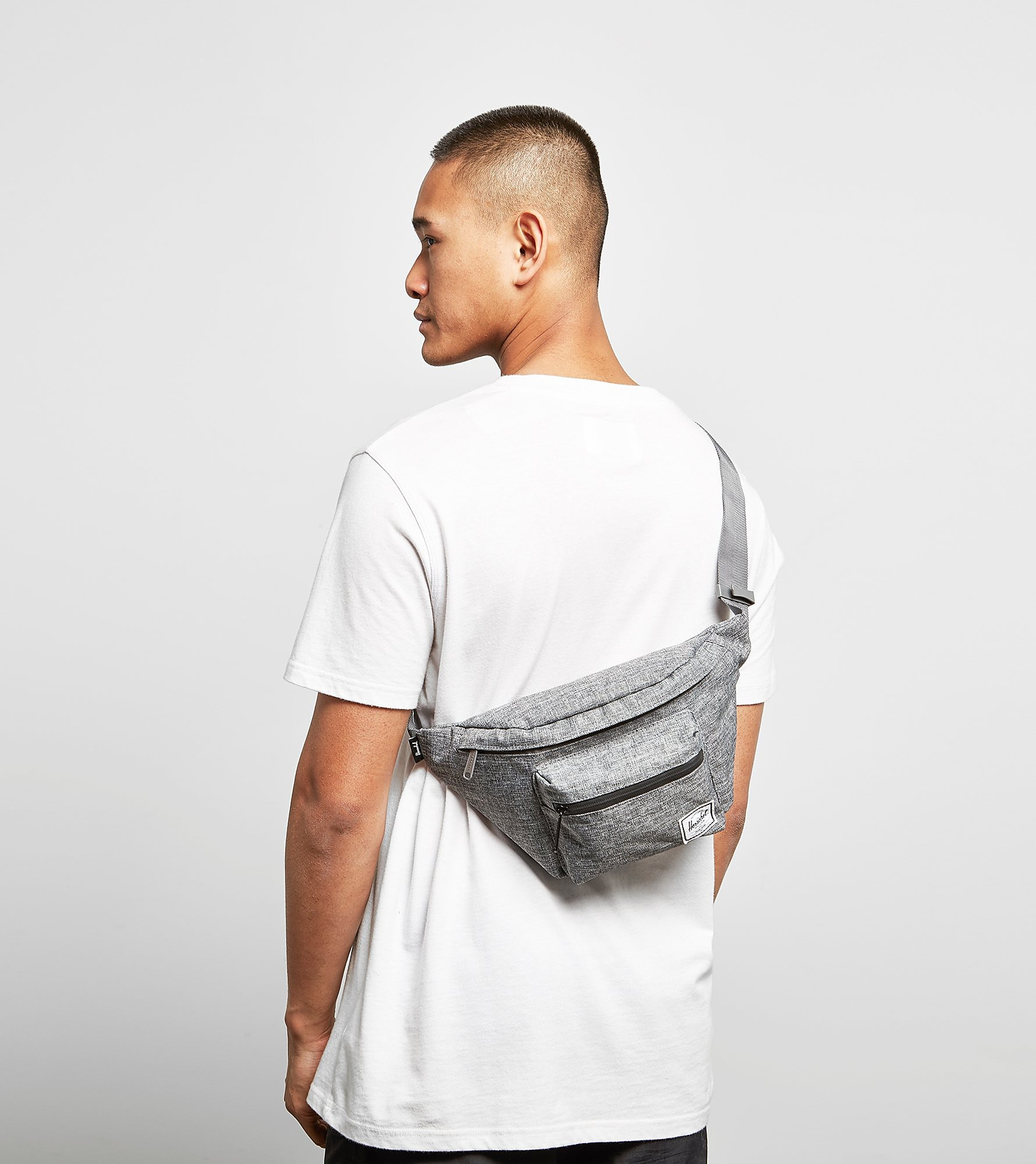 Herschel Supply Co Seventeen Cross Body Bag