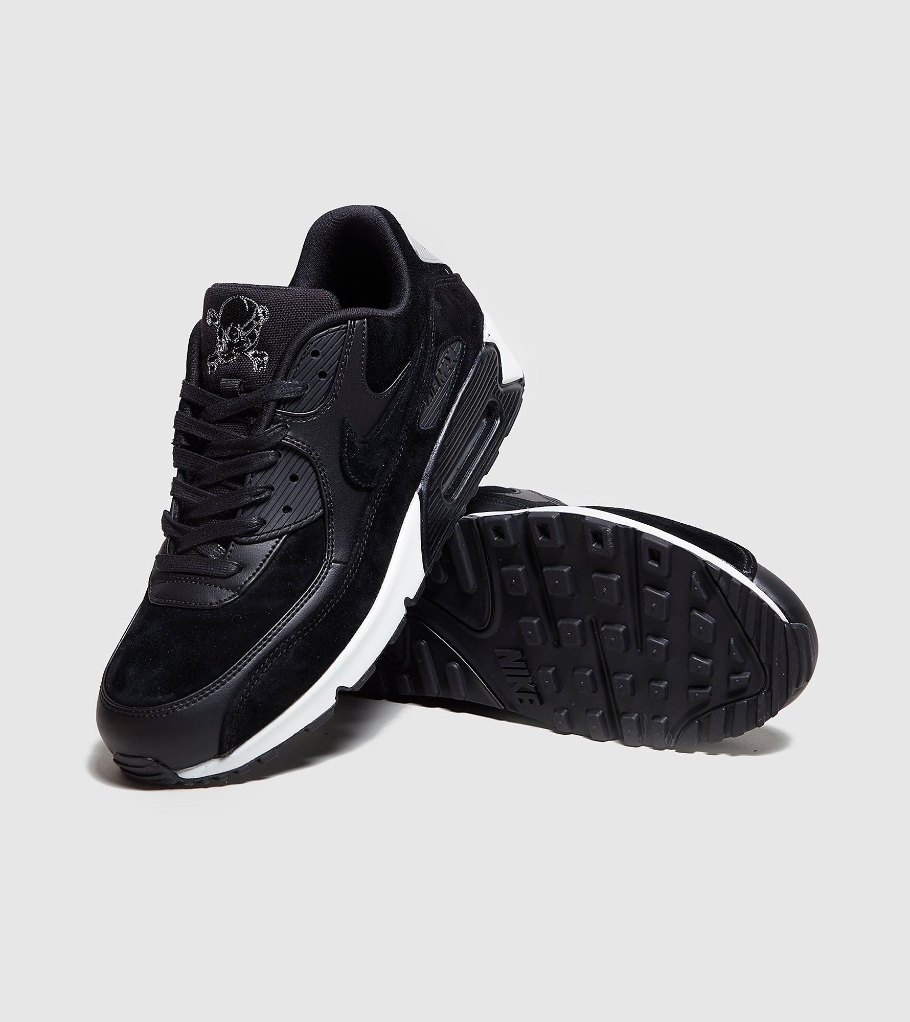 Nike MAX 90 Skull