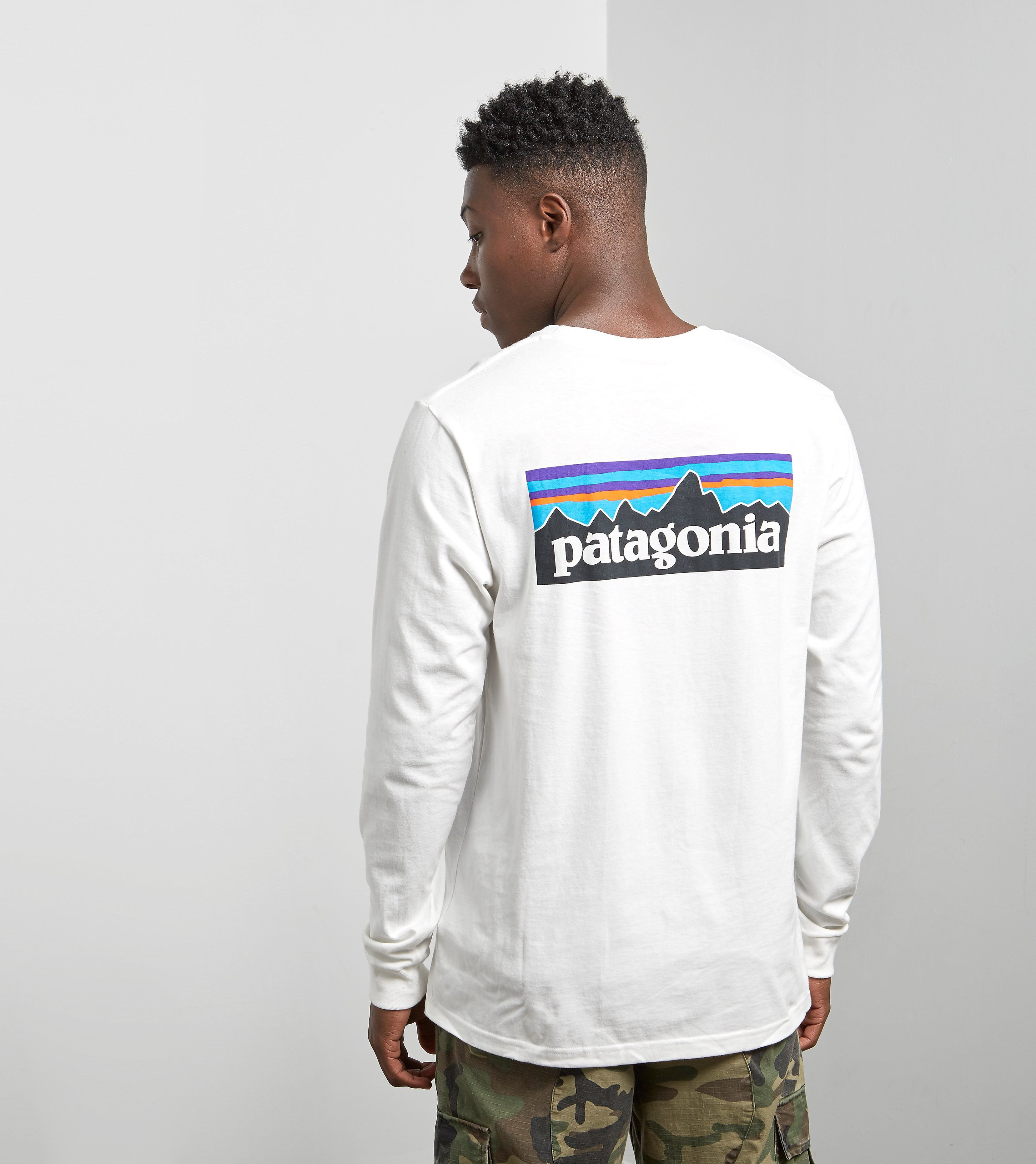 more photos 247fc 0069f Patagonia Longsleeve P-6 Logo T-shirt, White
