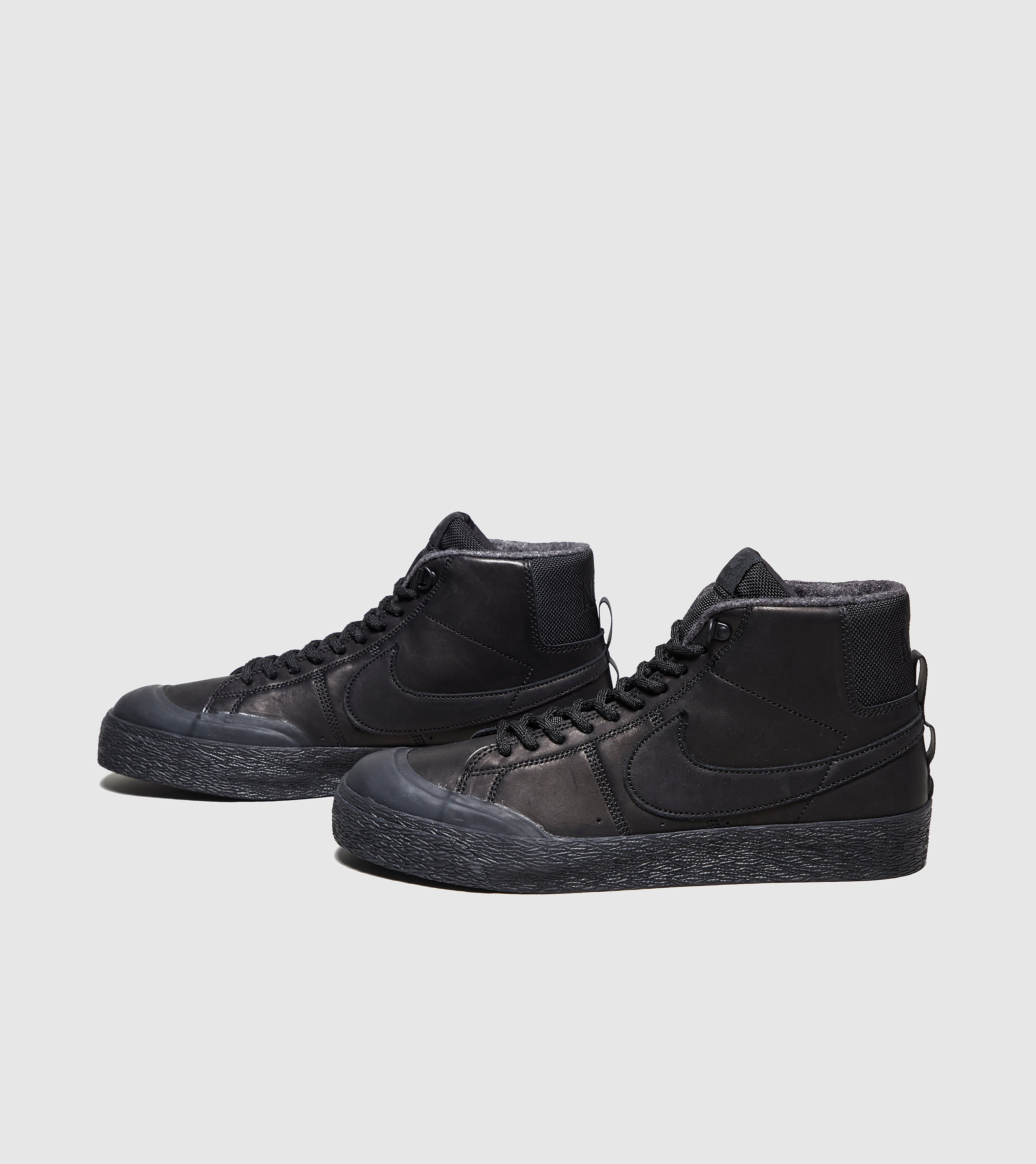 Nike SB Blazer Mid Bota