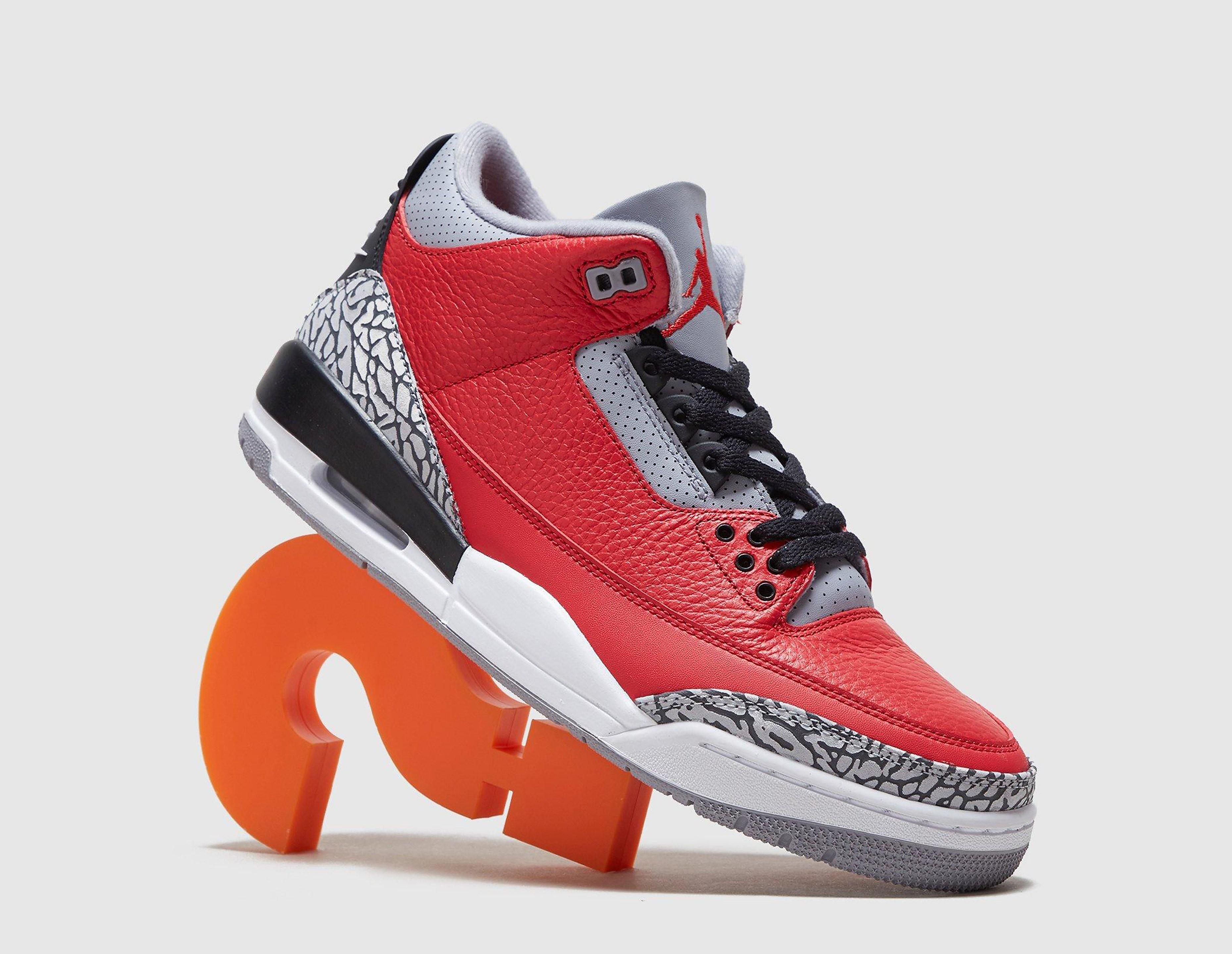 Jordan Air Jordan 3, rojo