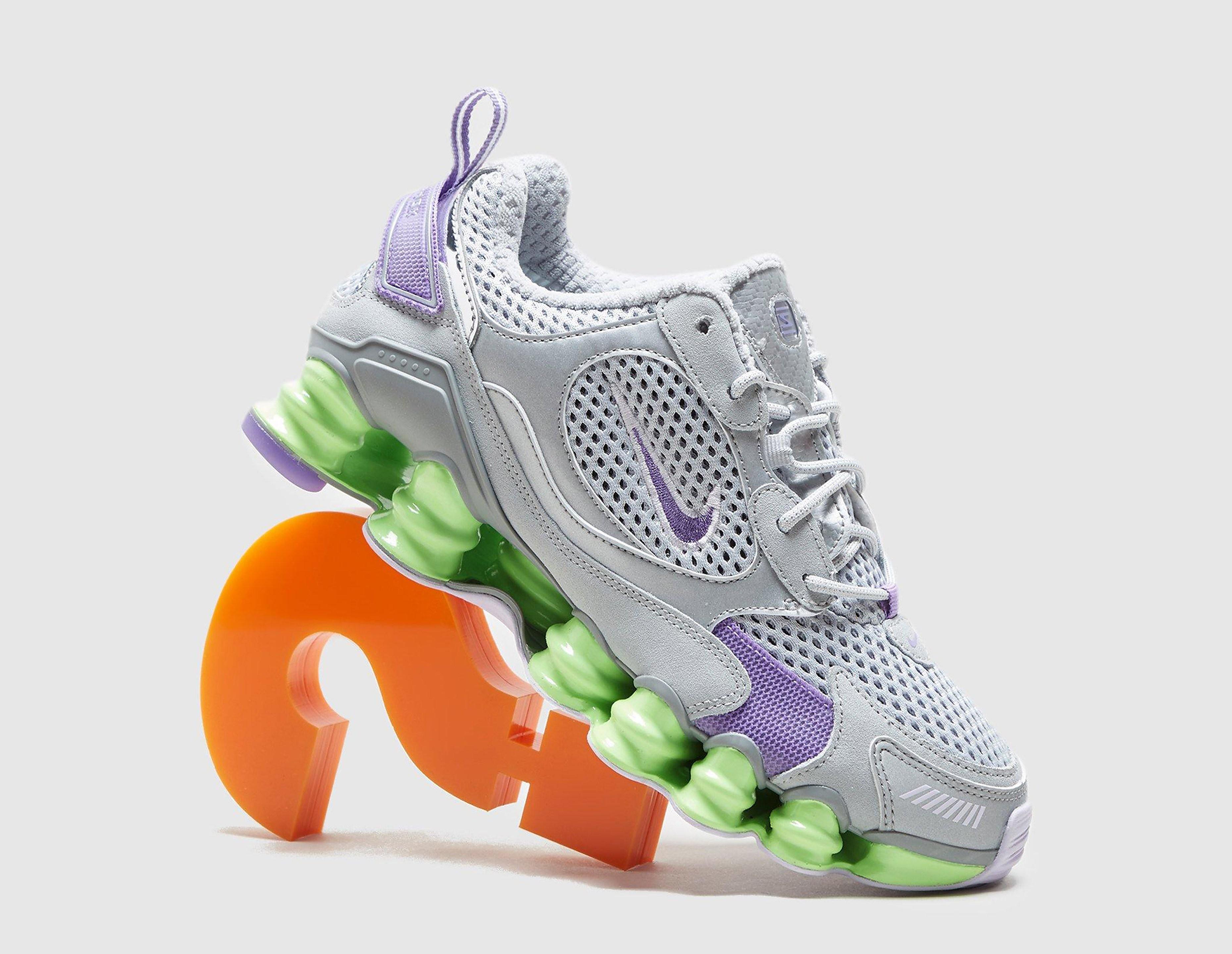 Nike Shox TL Nova SP de mujer, Plateado