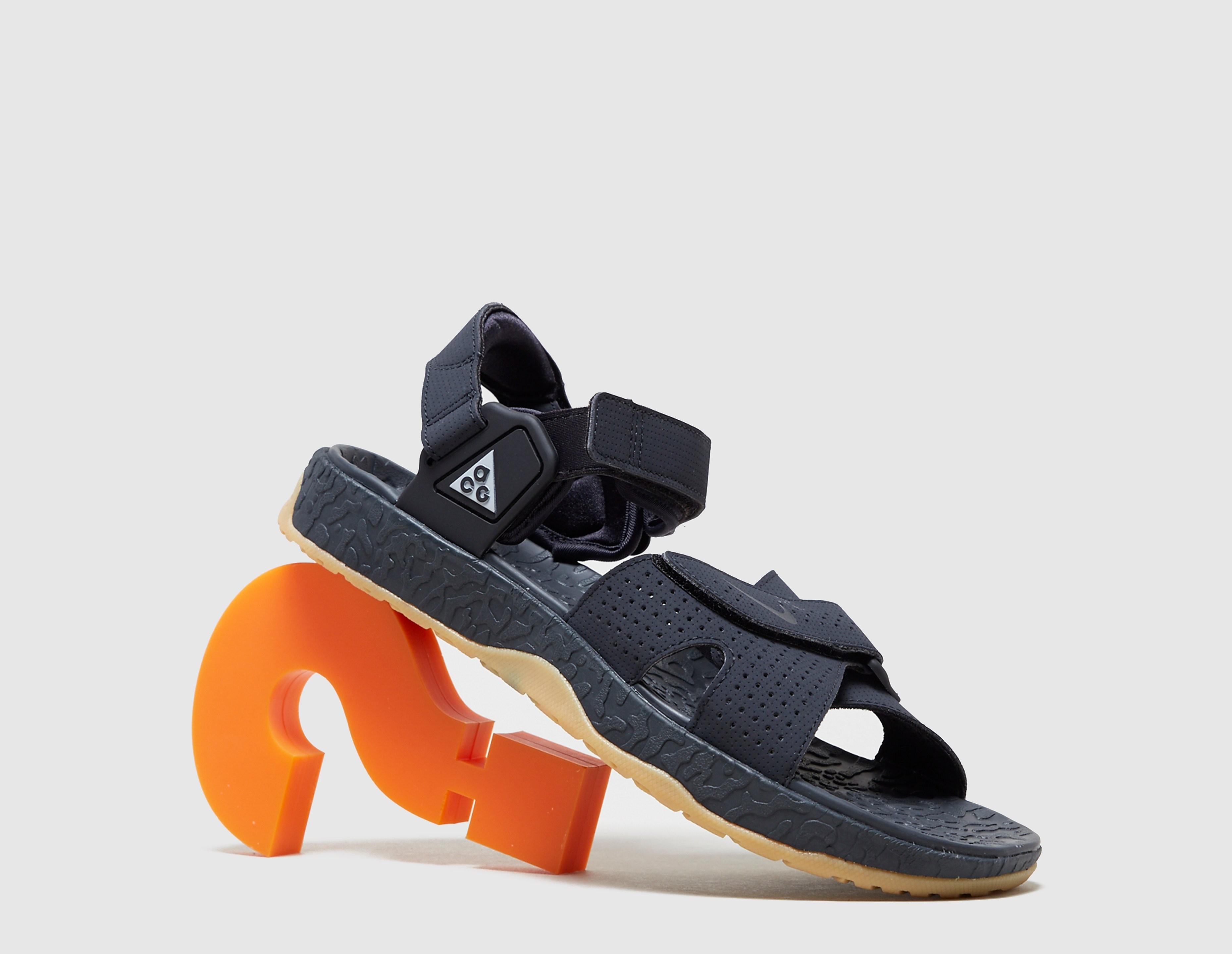 Nike ACG Deschutz Sandal QS, gris