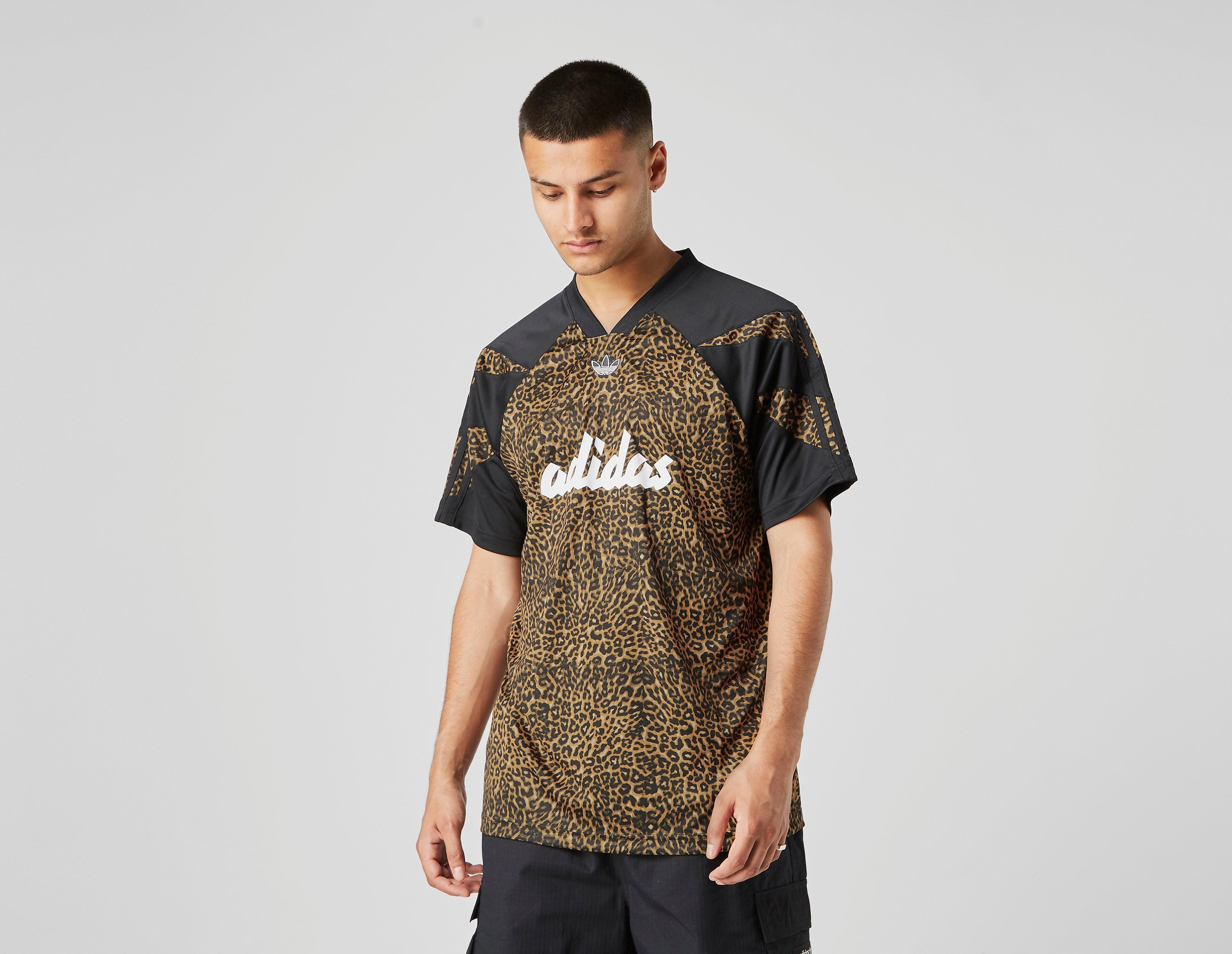 adidas T-Shirt Leopard Logo
