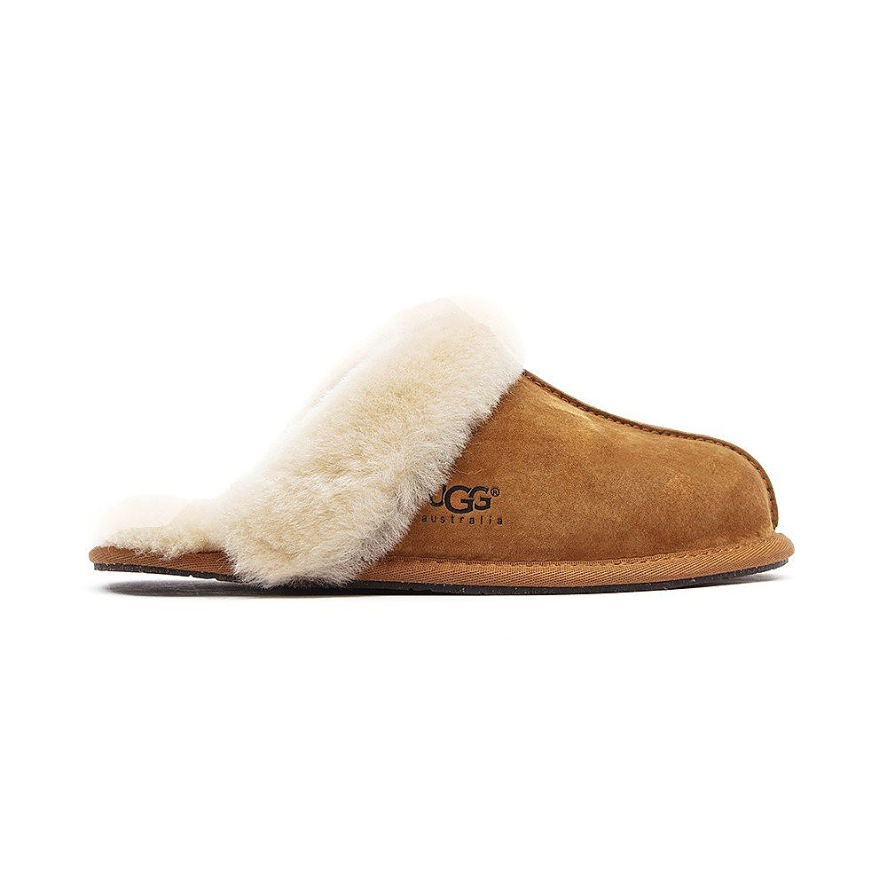 UGG Women's Scuffette ll Sheepskin Slippers - Chestnut