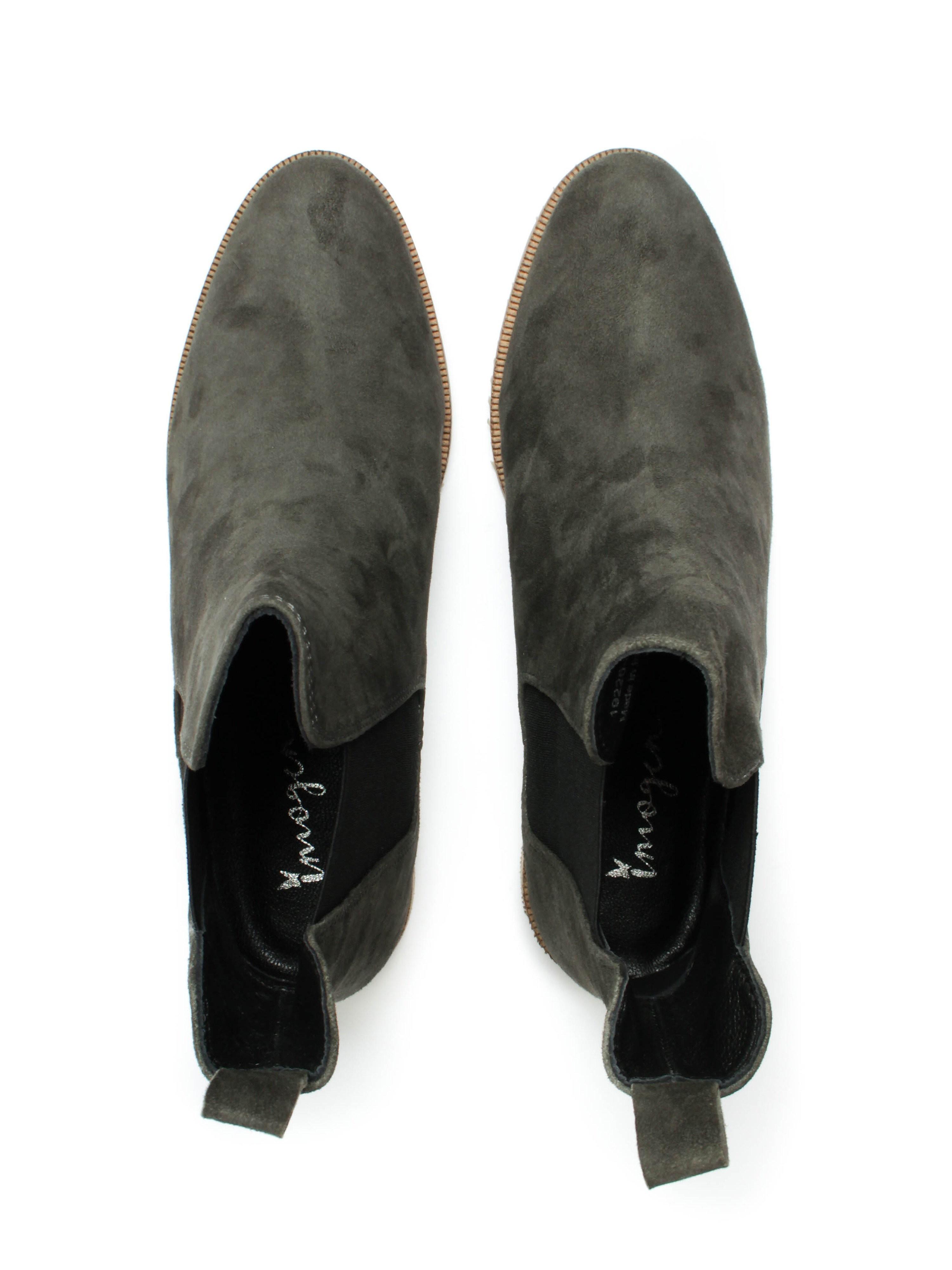 Imogen Womens Grey Suede Chelsea Boots