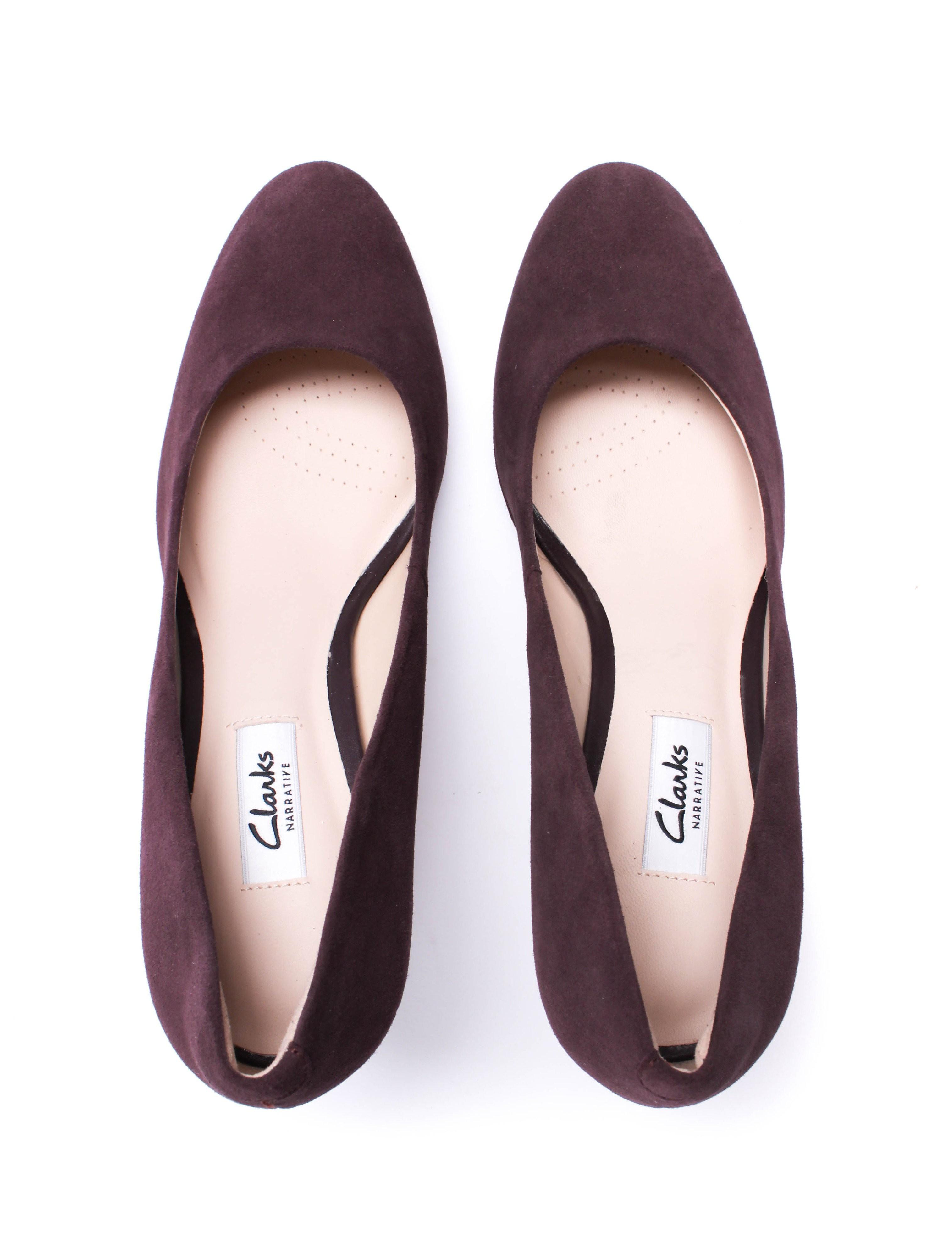 Clarks Women's Kendra Sienna Suede Court Shoe - Aubergine