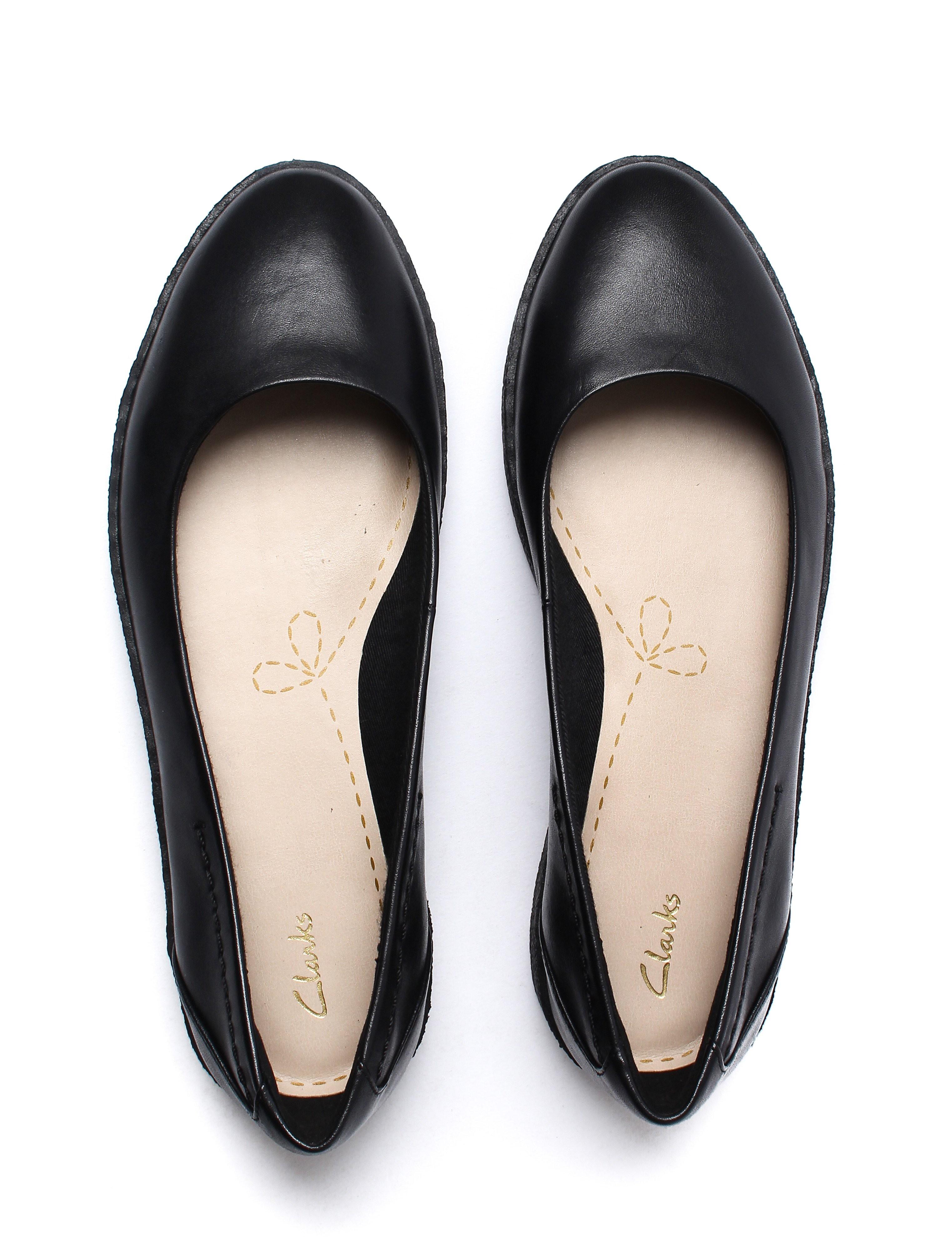 Clarks Women's Lillia Petal Shoes - Black Leather