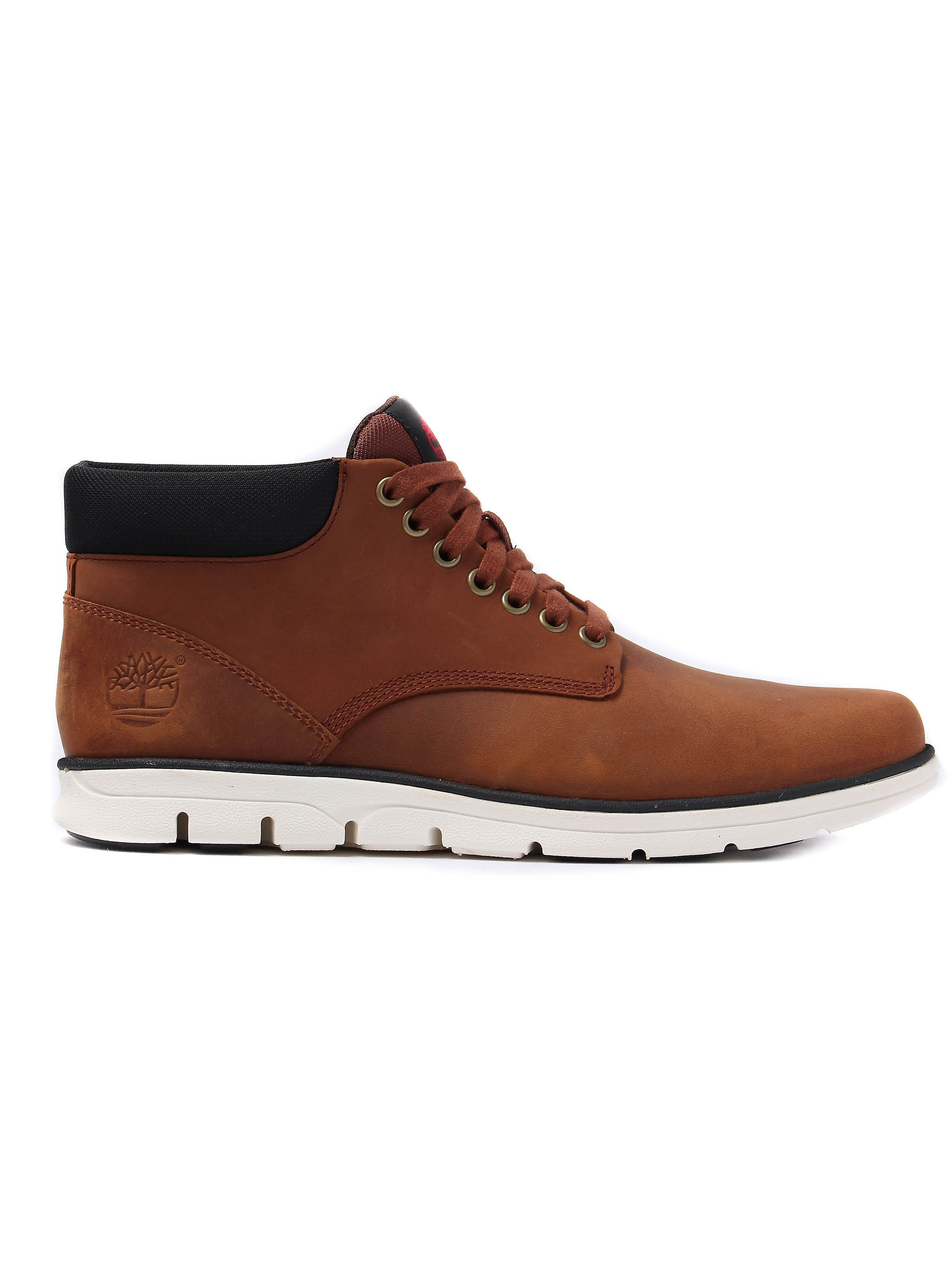 Timberland Men's Bradstreet Smooth Leather Chukka Boots - Brown