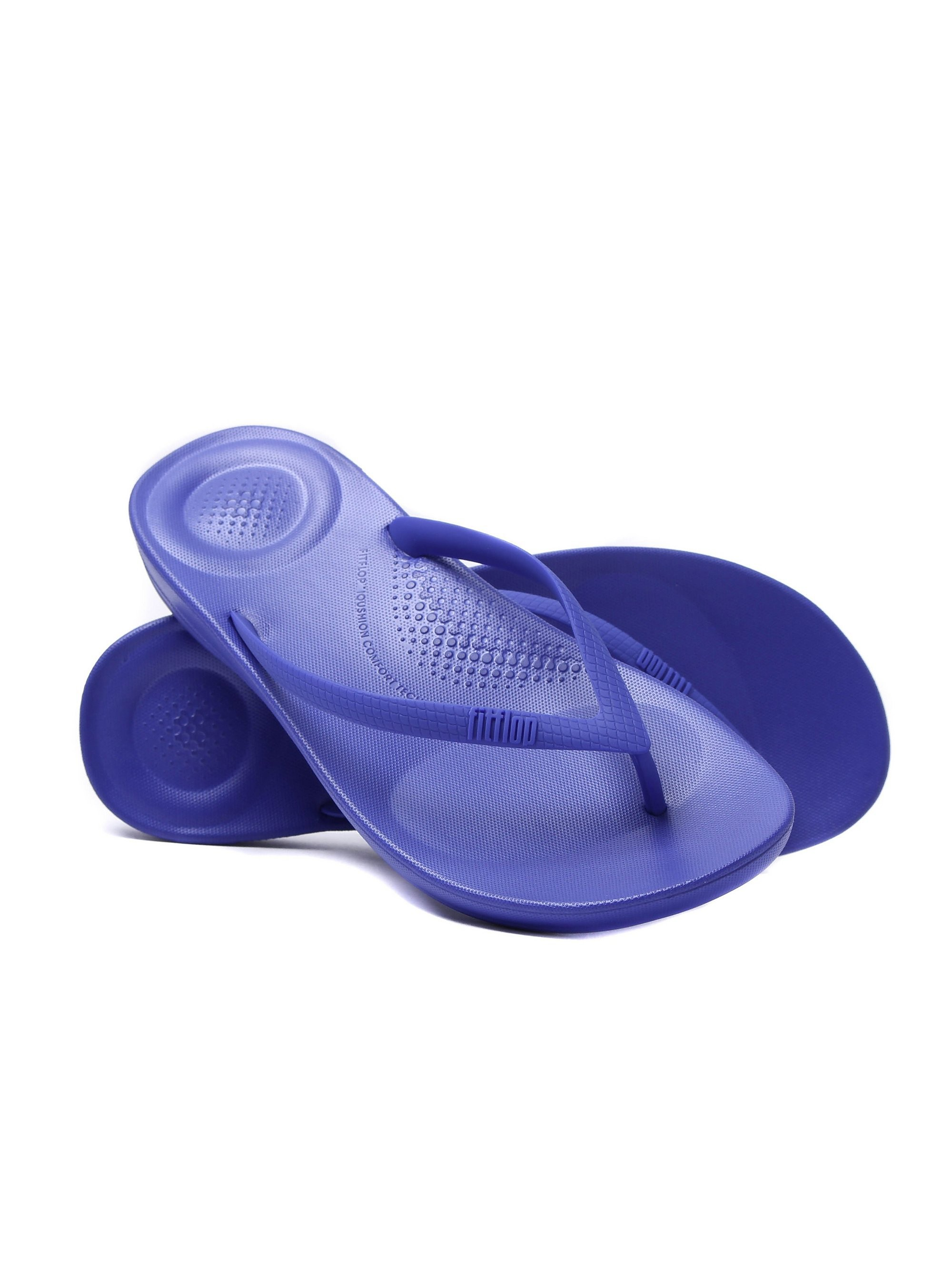 FitFlop Women's iQUSHION Ergonomic Flip Flops - Royal Blue