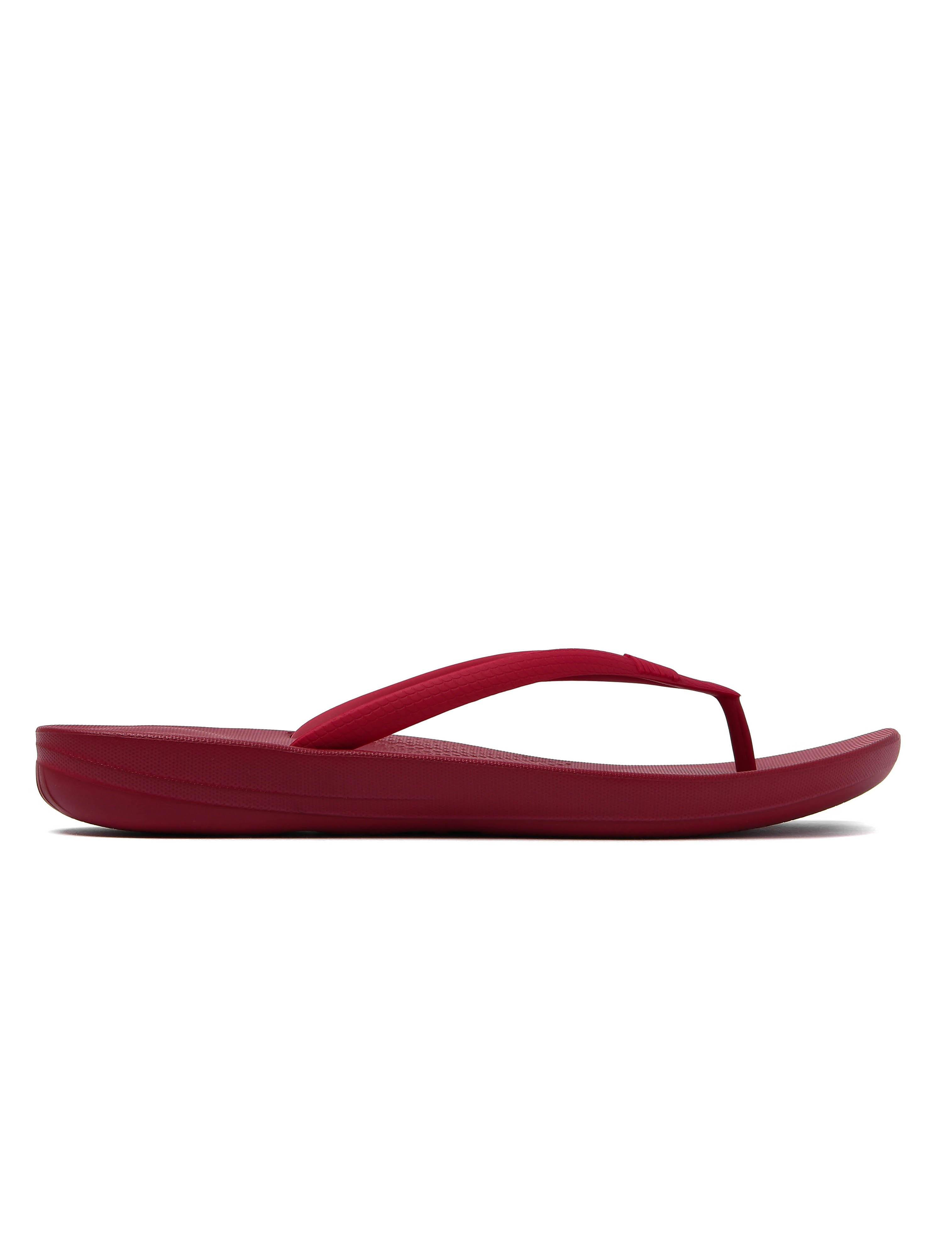 FitFlop Women's IQushion Ergonomic Flip Flops - Classic Red