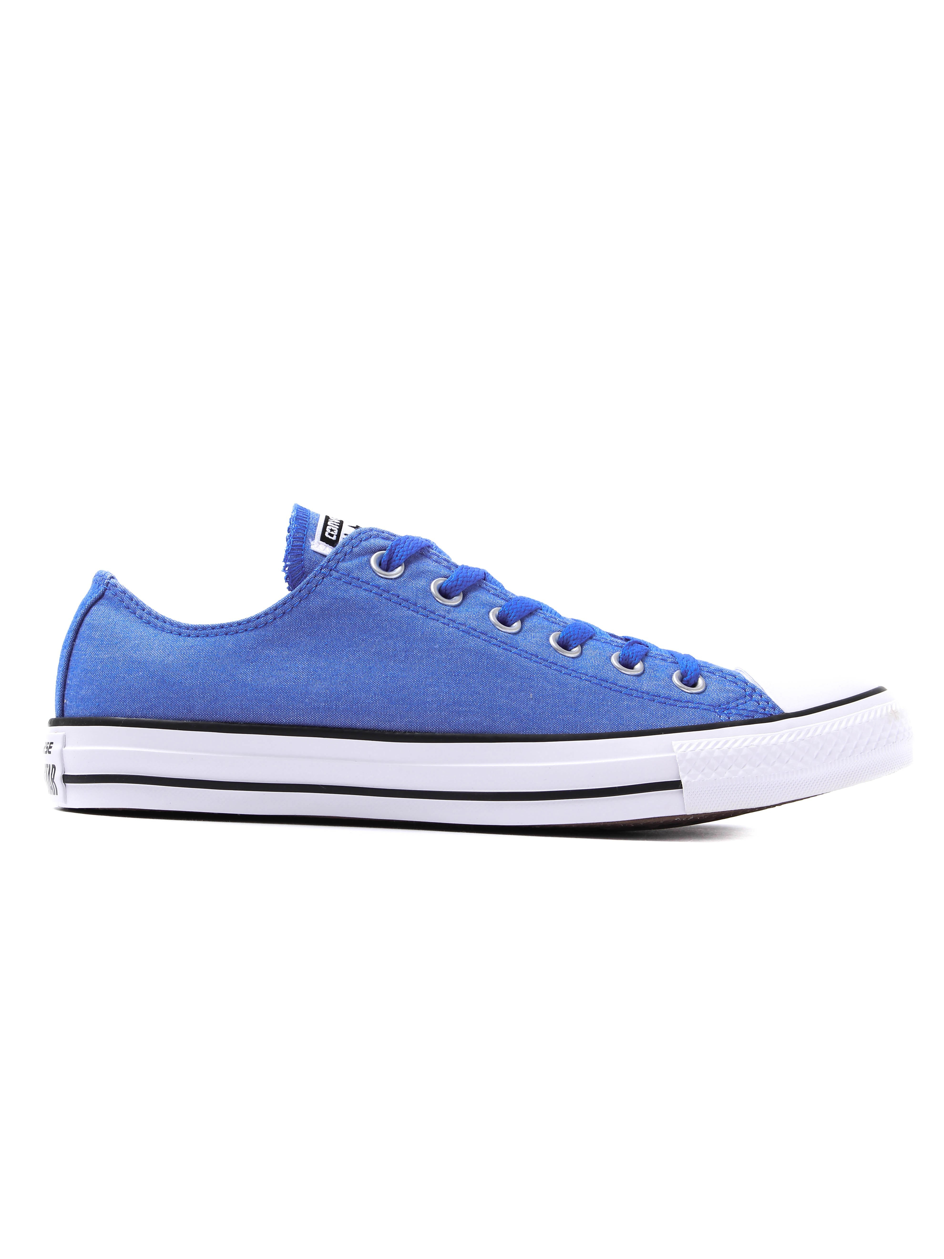 Converse Men's Chuck Taylor All Star OX Trainers - Blue Chambray
