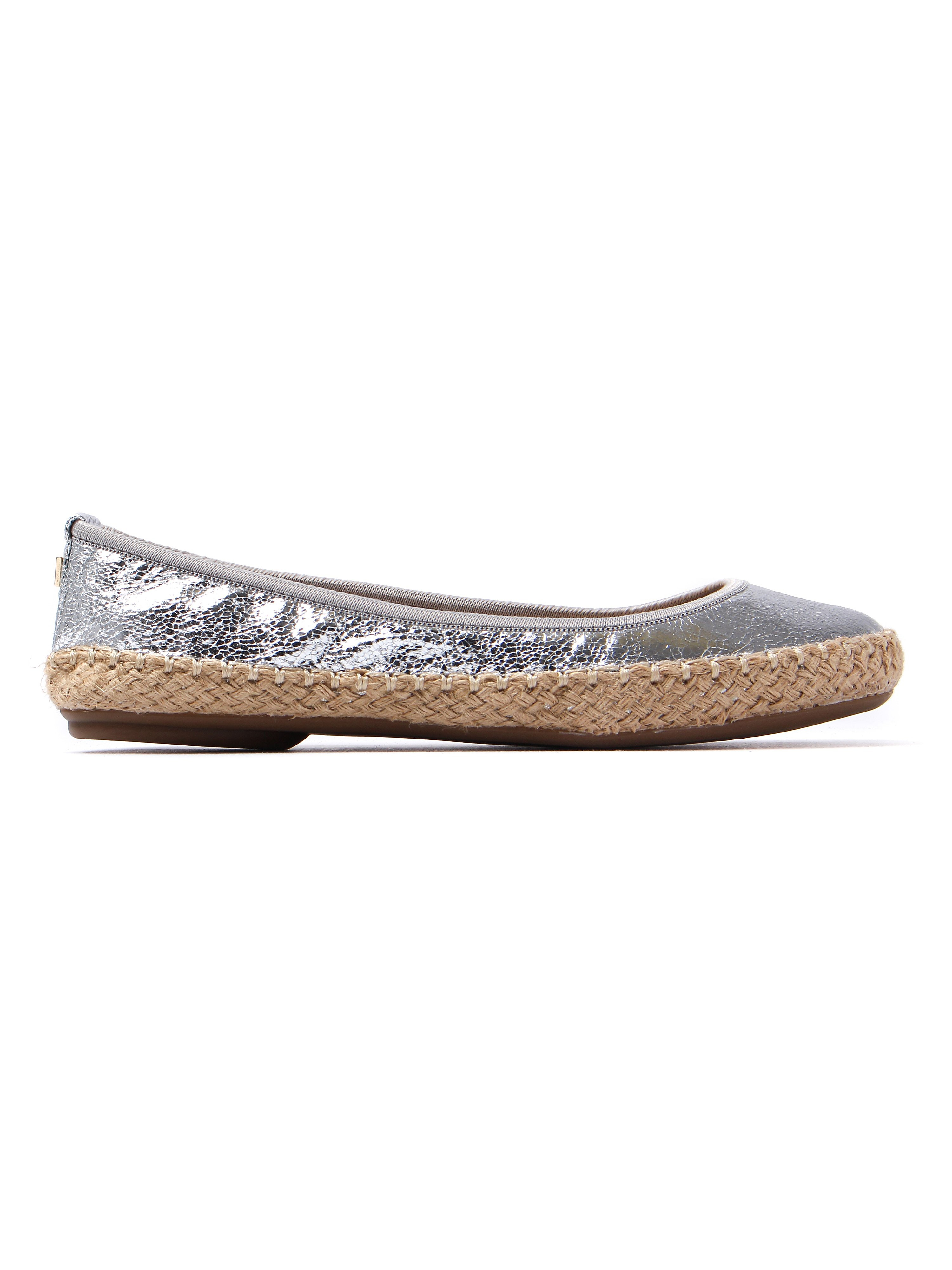 Butterfly Twists Women's Gigi Cracked Canvas Foldable Ballerina Pumps - Silver