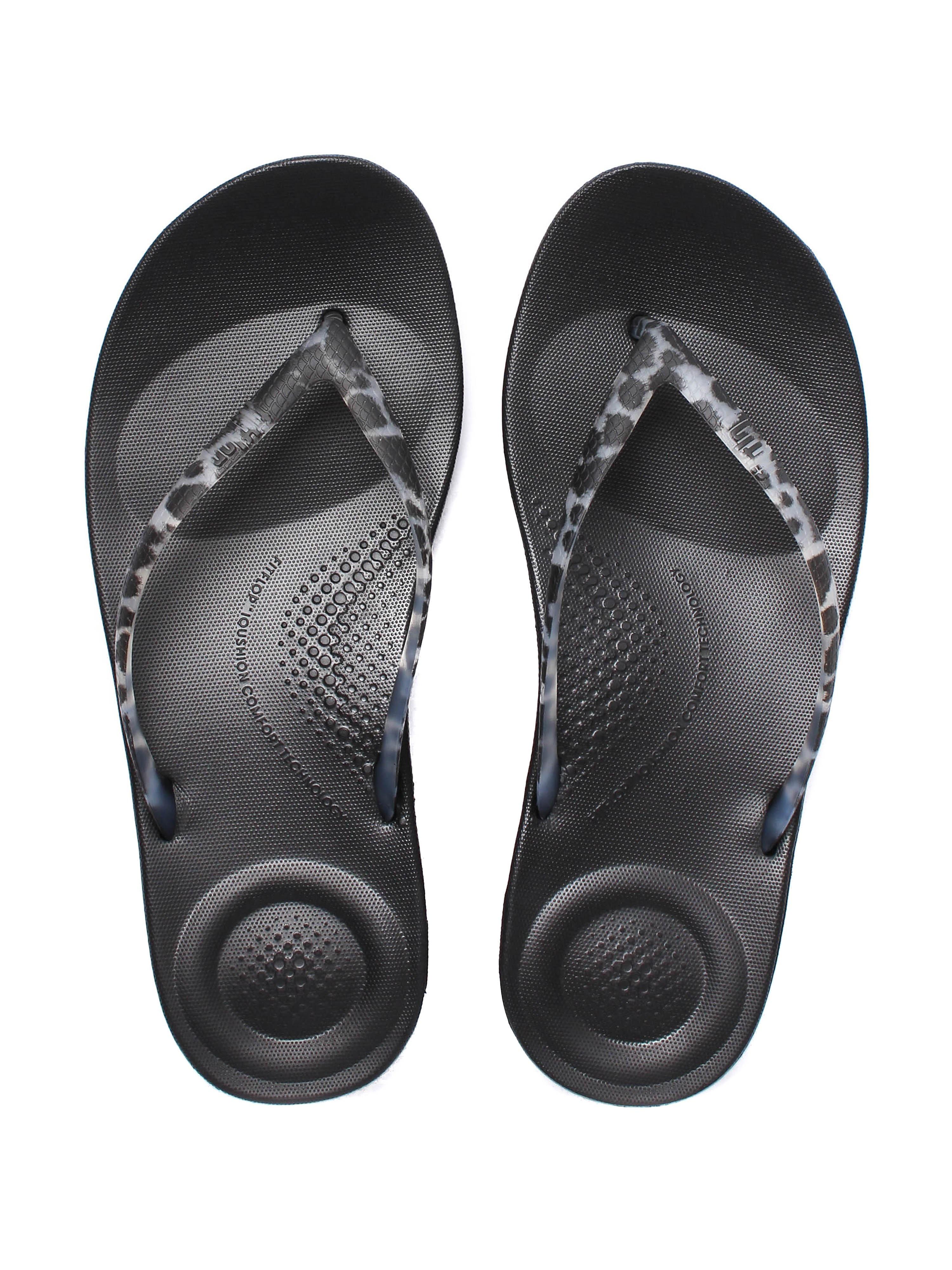 FitFlop Women's iQUSHION Ergonomic Flip Flops - Black Leopard