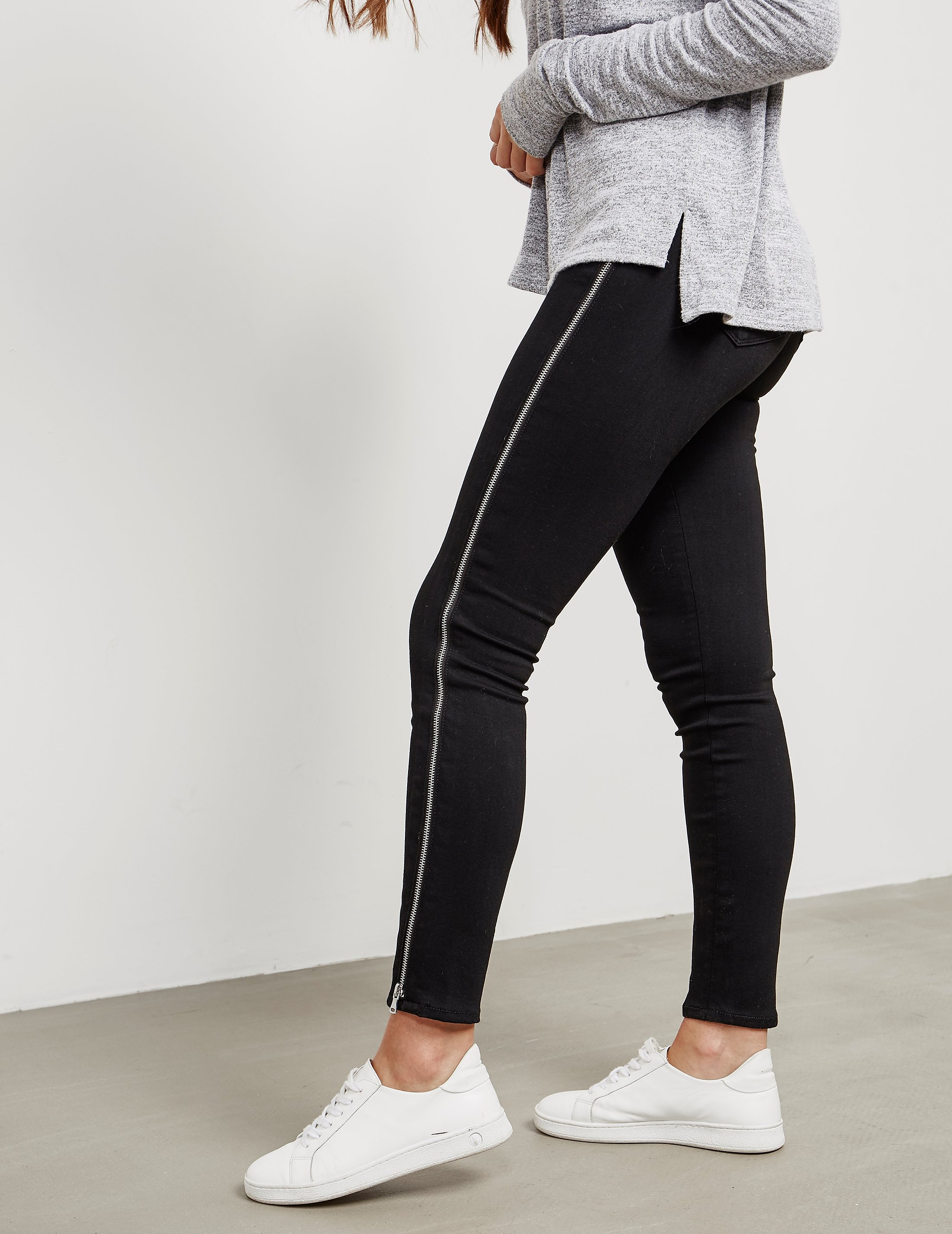 PAIGE Margot Zip Jeans