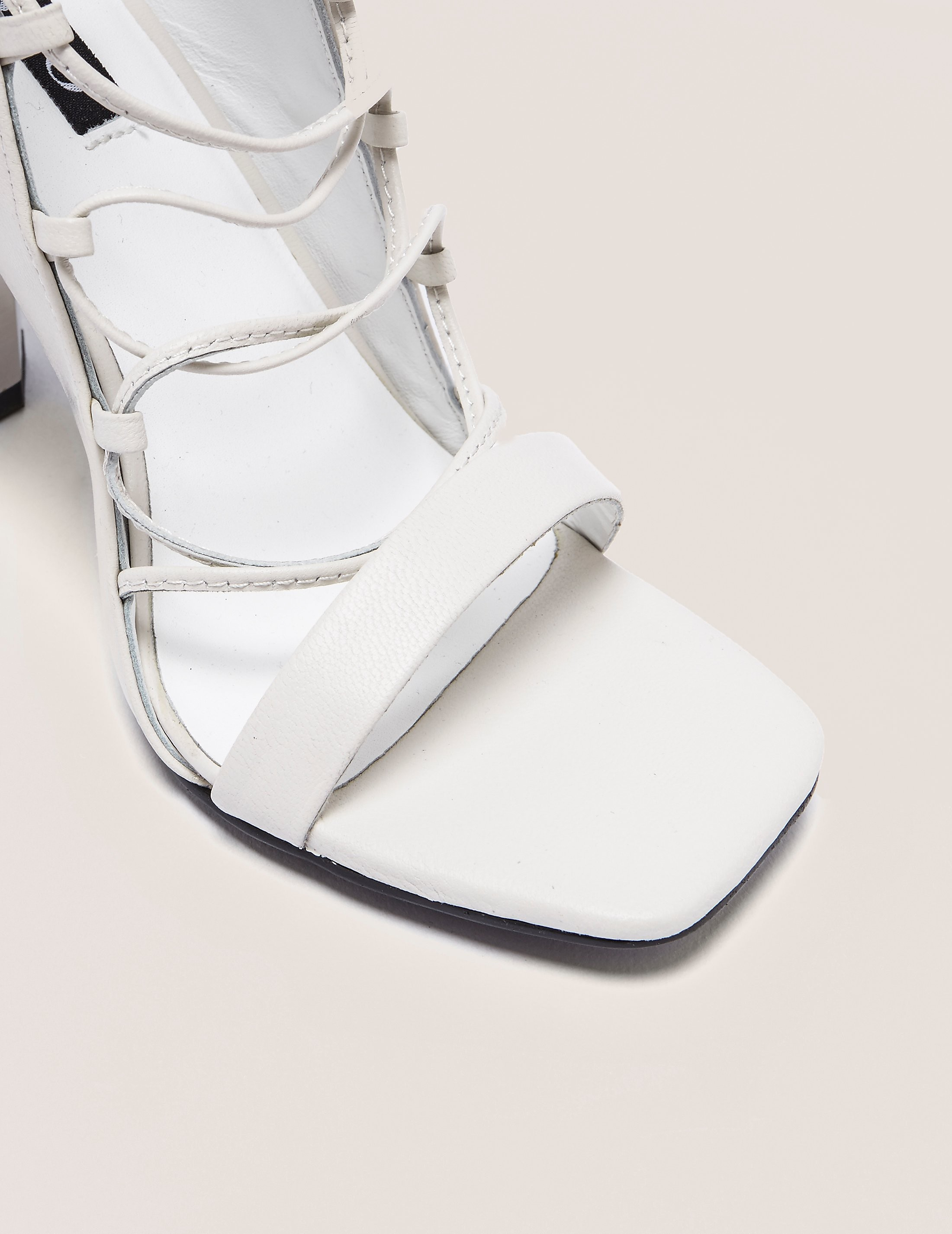 Senso Niala Lace Up Block Heel