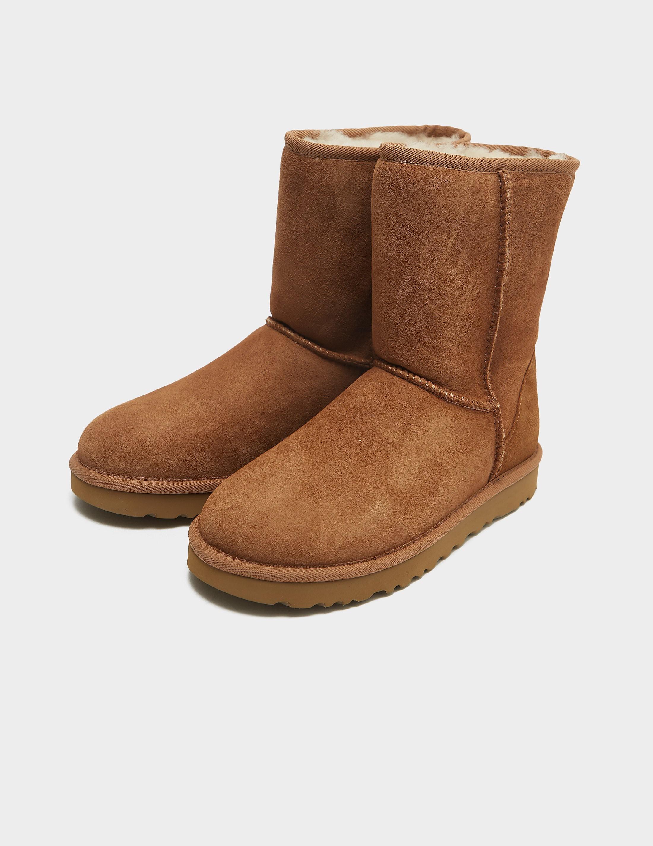UGG Classic Short2 Boot - Online Exclusive