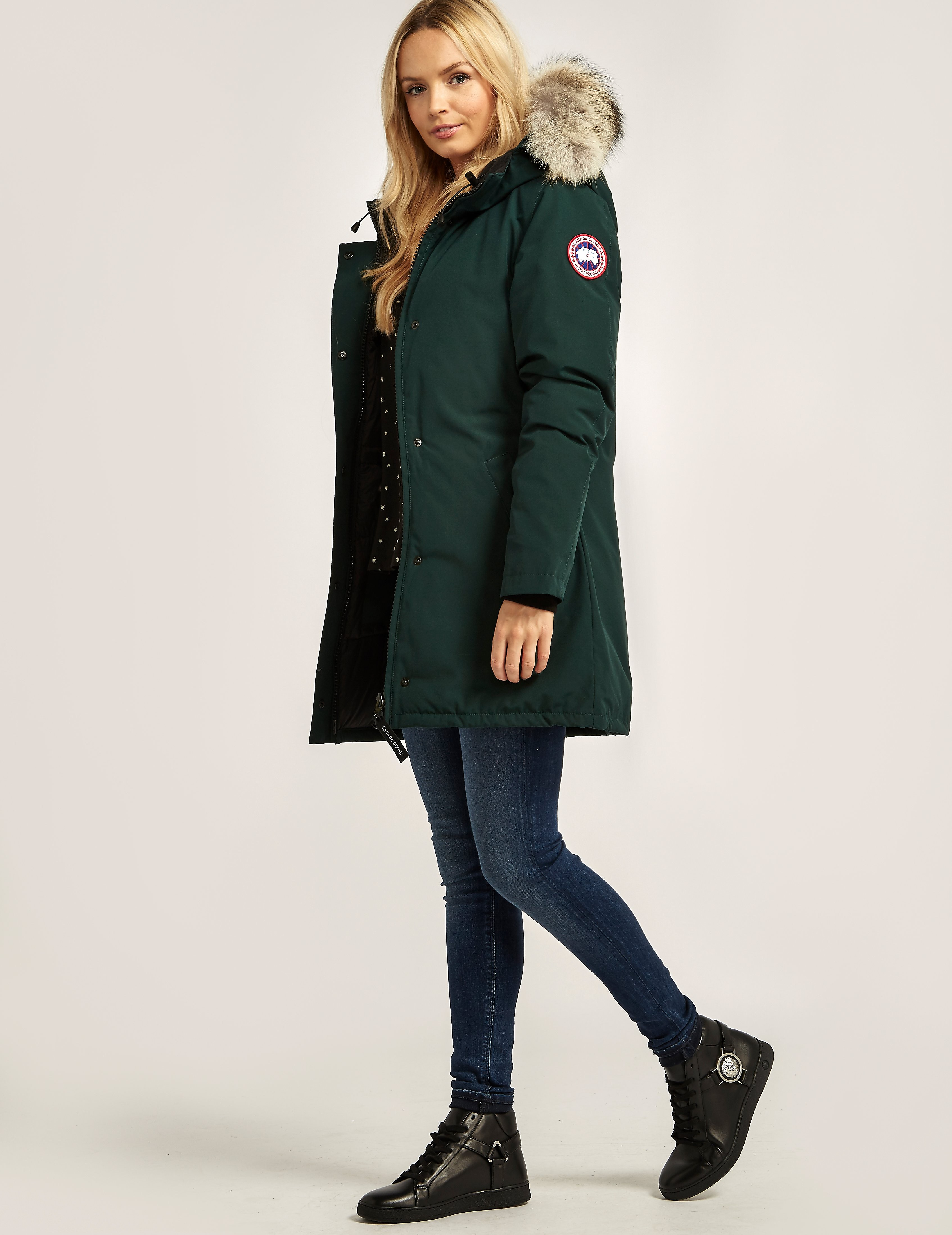 where to buy canada goose coats