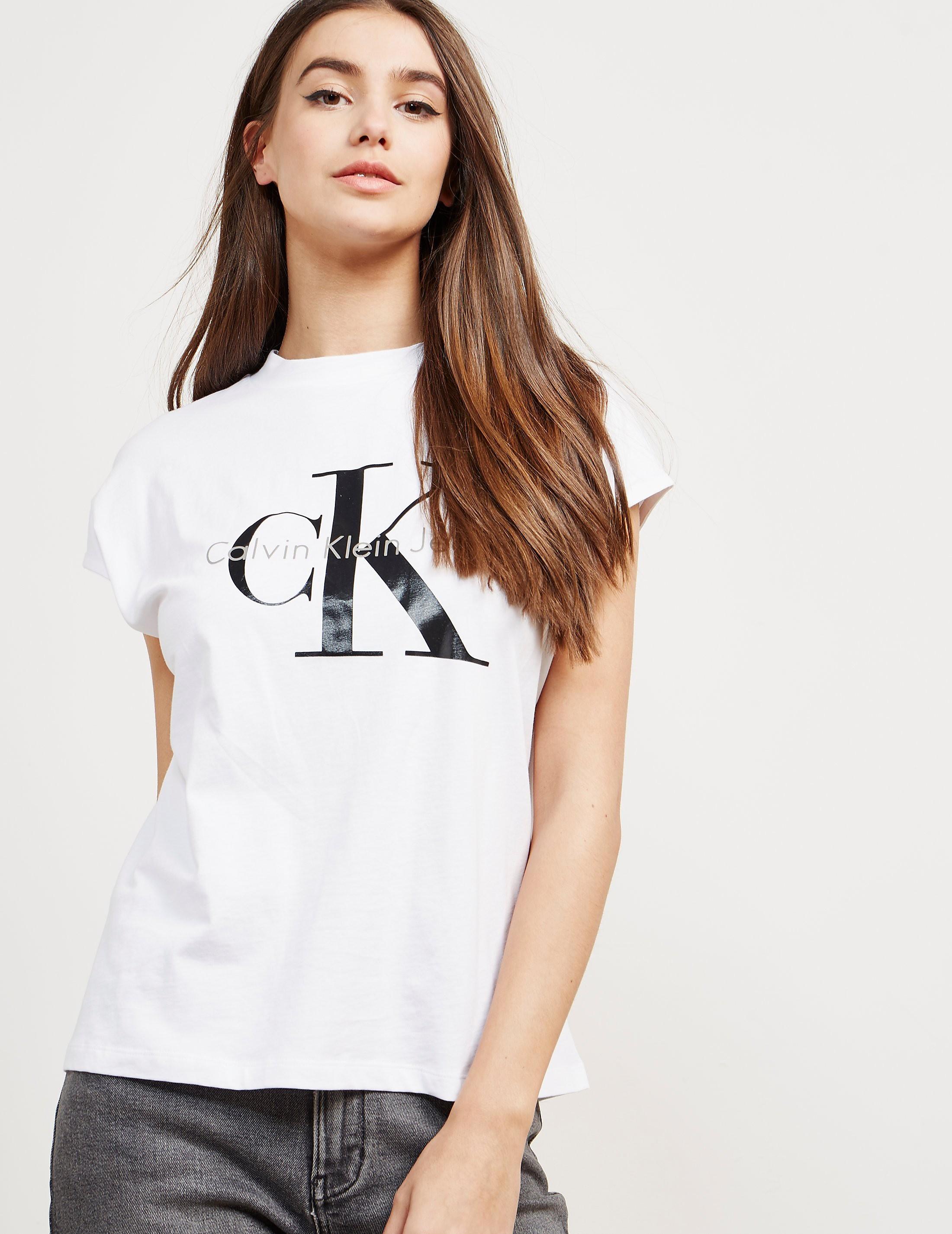 Calvin Klein Taka-5 Sleeveless T-Shirt