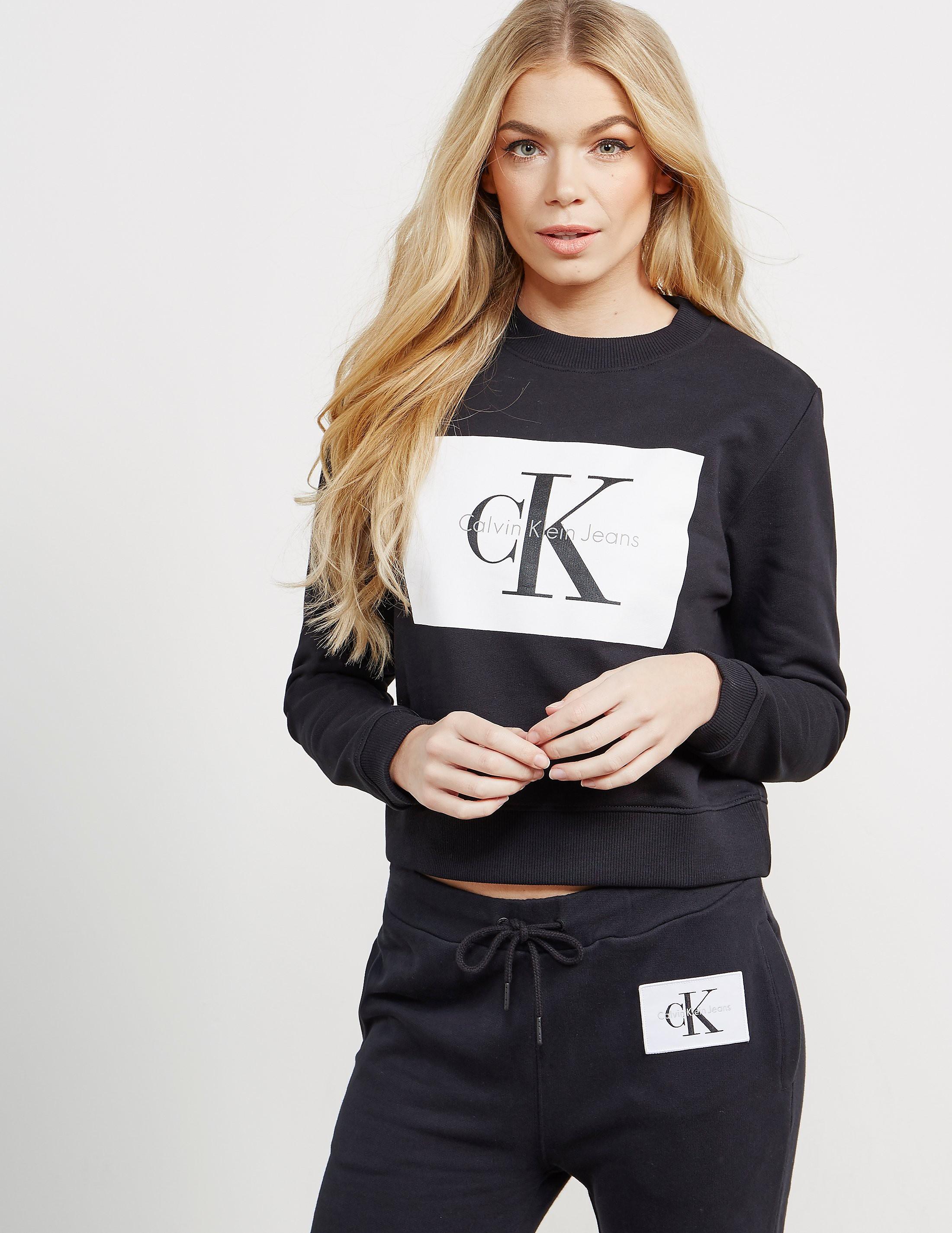 Calvin Klein Square Logo Crop Sweatshirt
