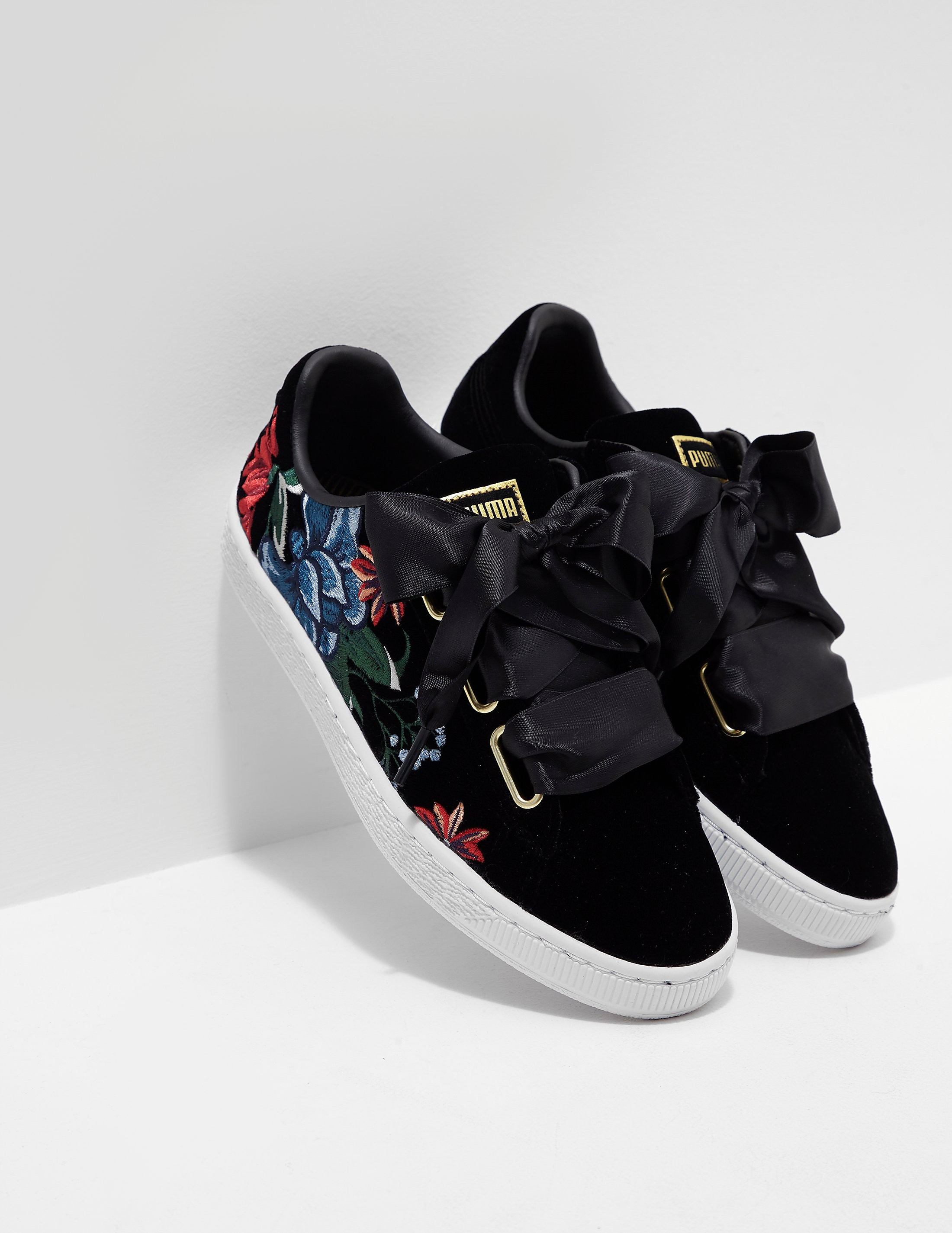 PUMA Embroidered Bubble Platform