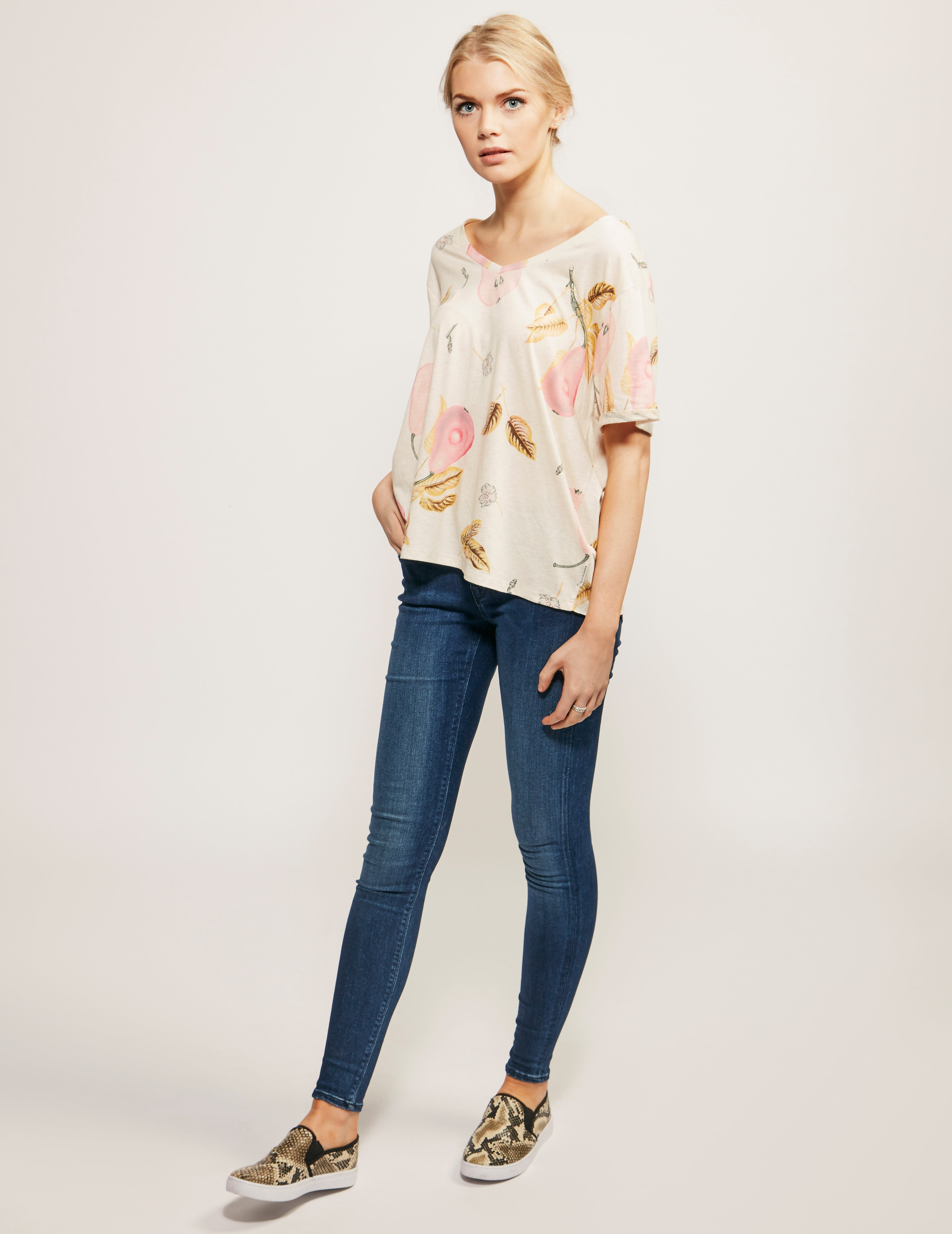 Maison Scotch All Over Print Design T-Shirt