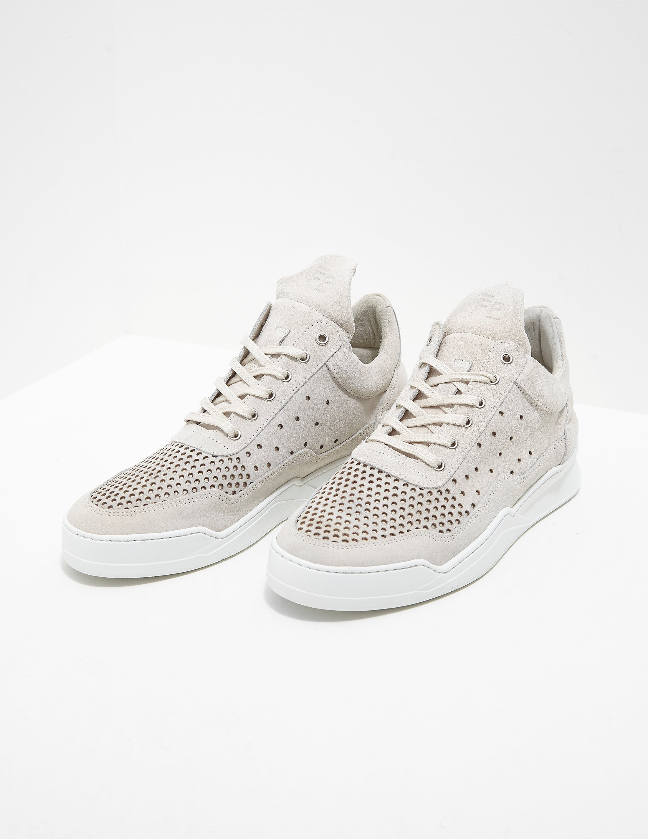 Filling Pieces Perforated Low Trainers