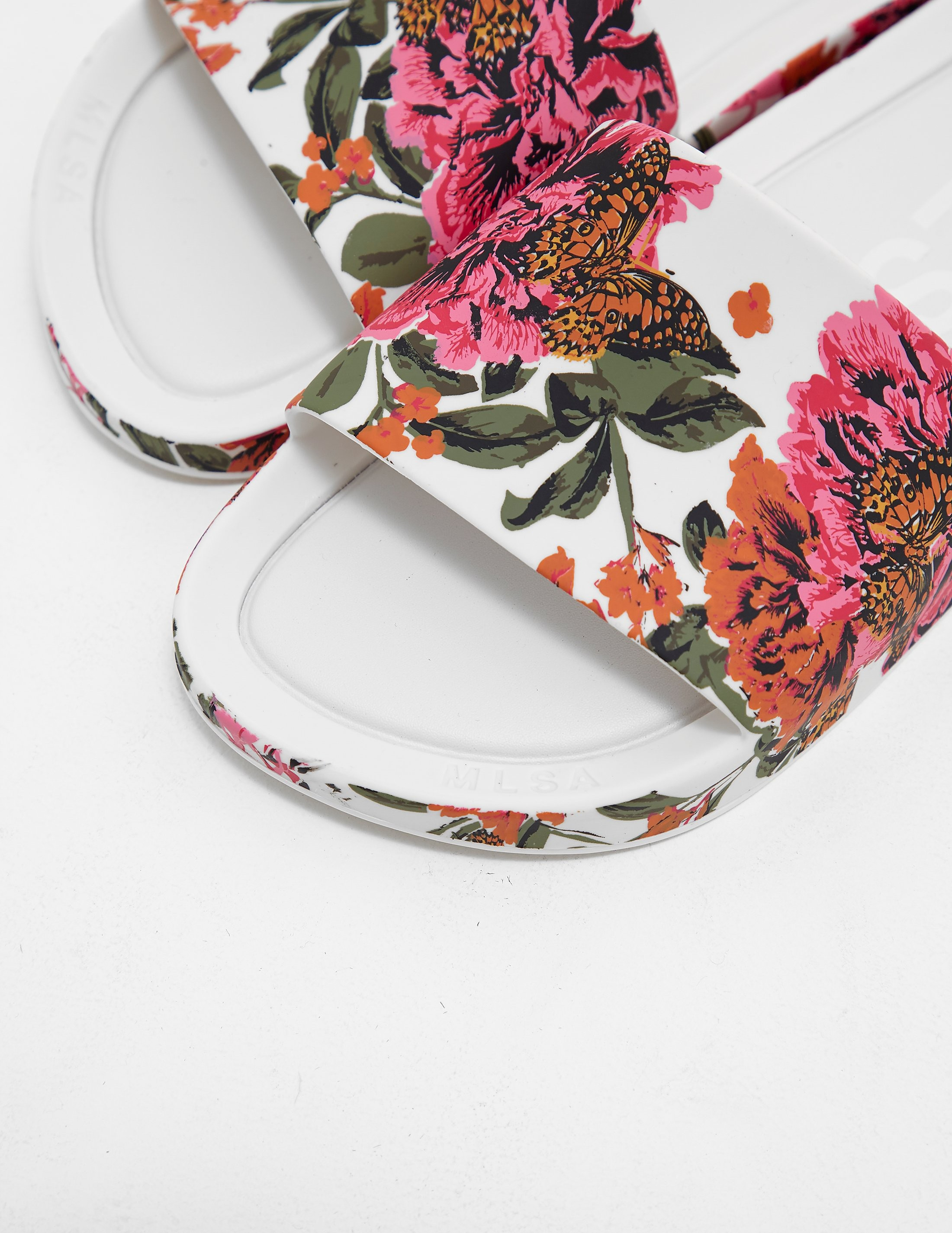 Melissa Floral Slides