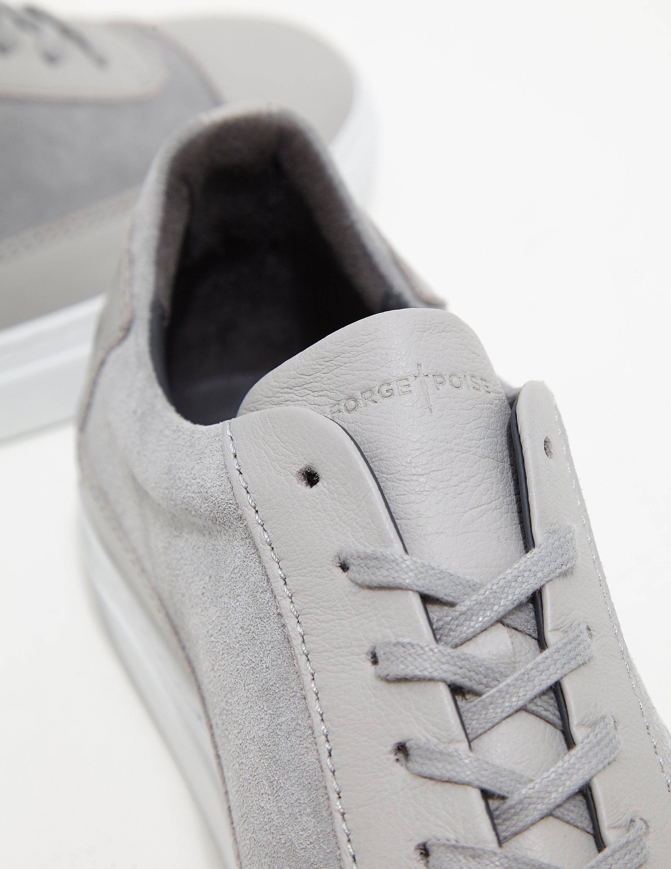 Forge Poise Excalibur Low Trainers