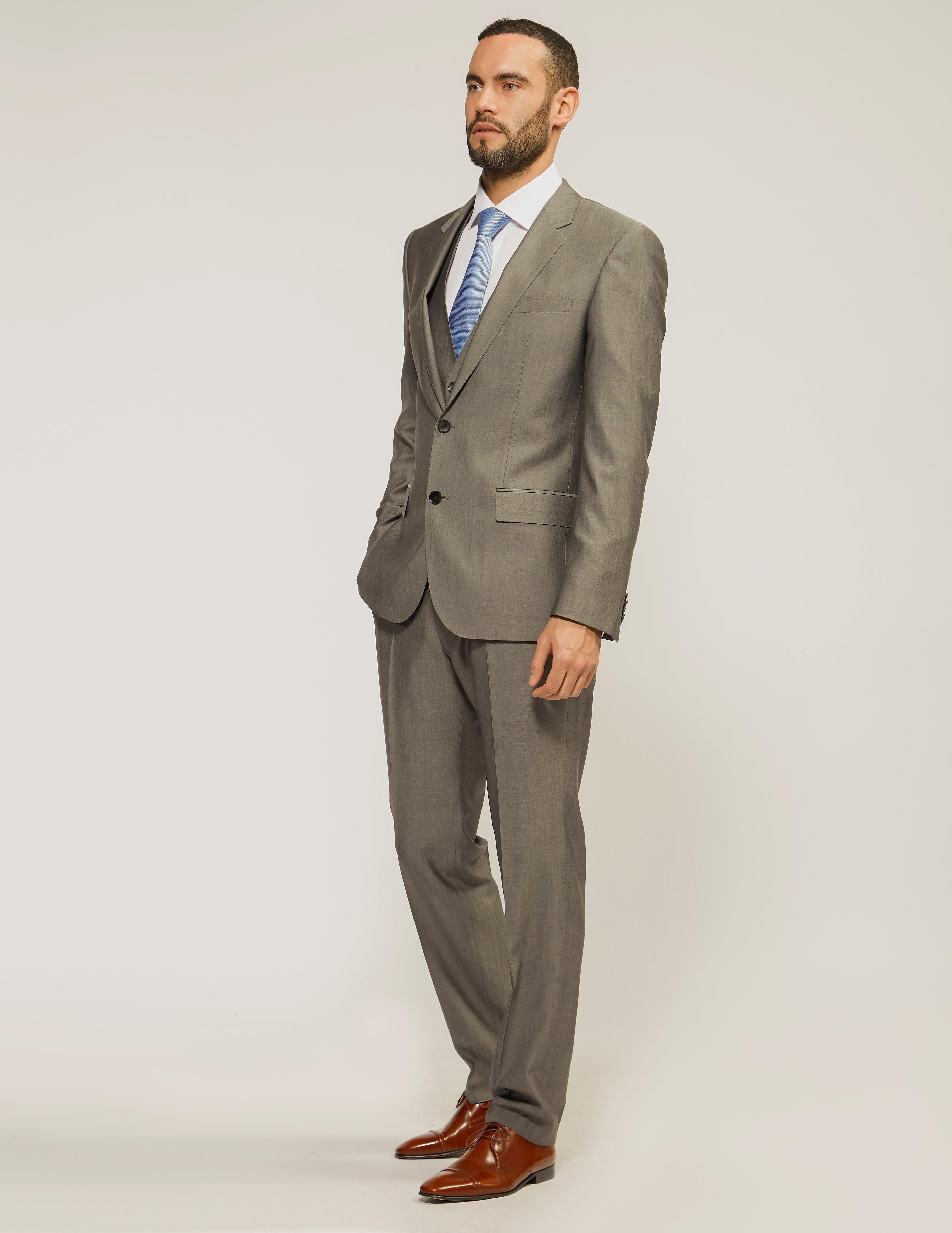 BOSS Huge 3Piece Suit