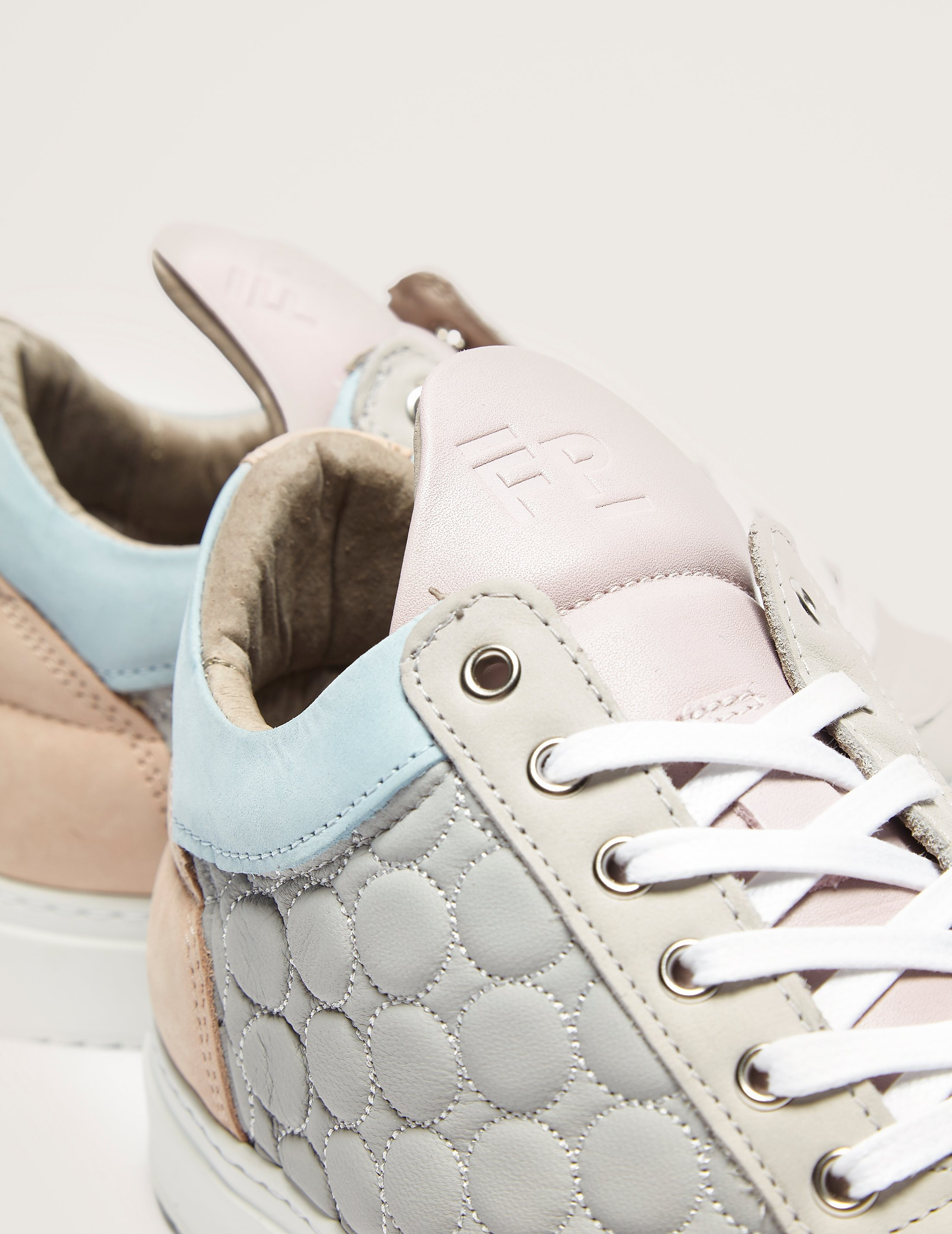 Filling Pieces Low Top Quiltmoon