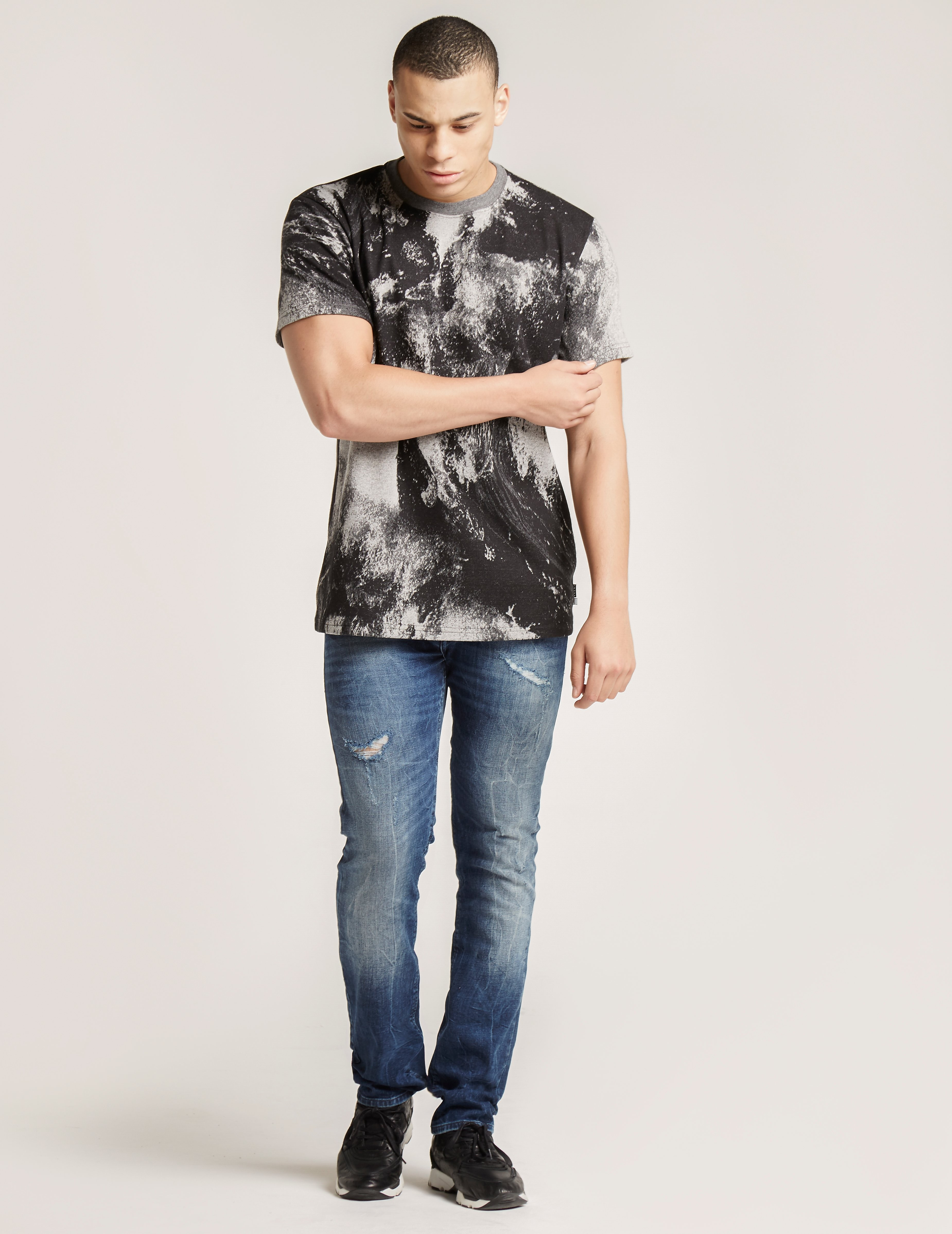 IUTER Kanagawa T-Shirt
