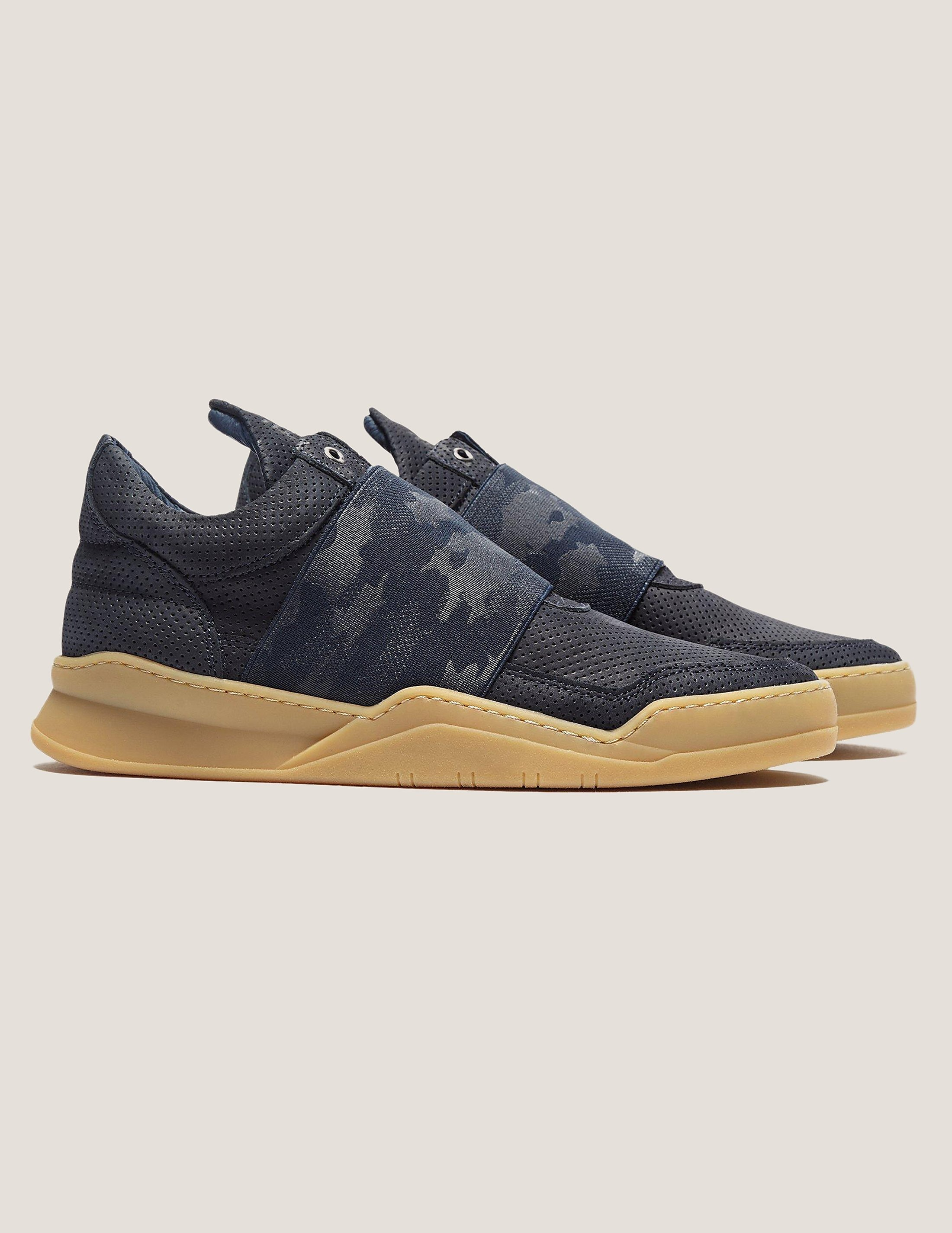 Filling Pieces Low Top Elastic Trainer