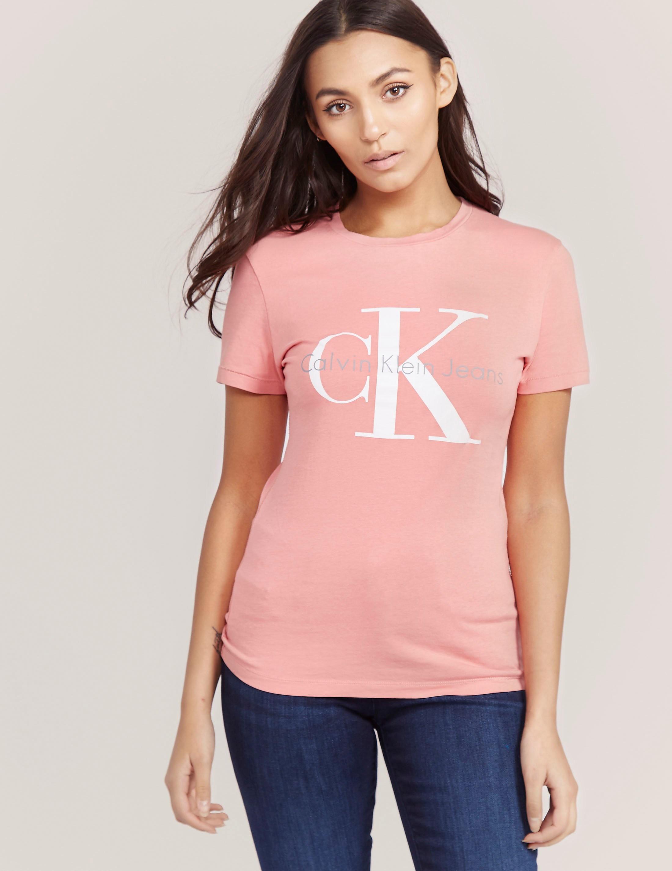 Calvin Klein Shrunken T-Shirt