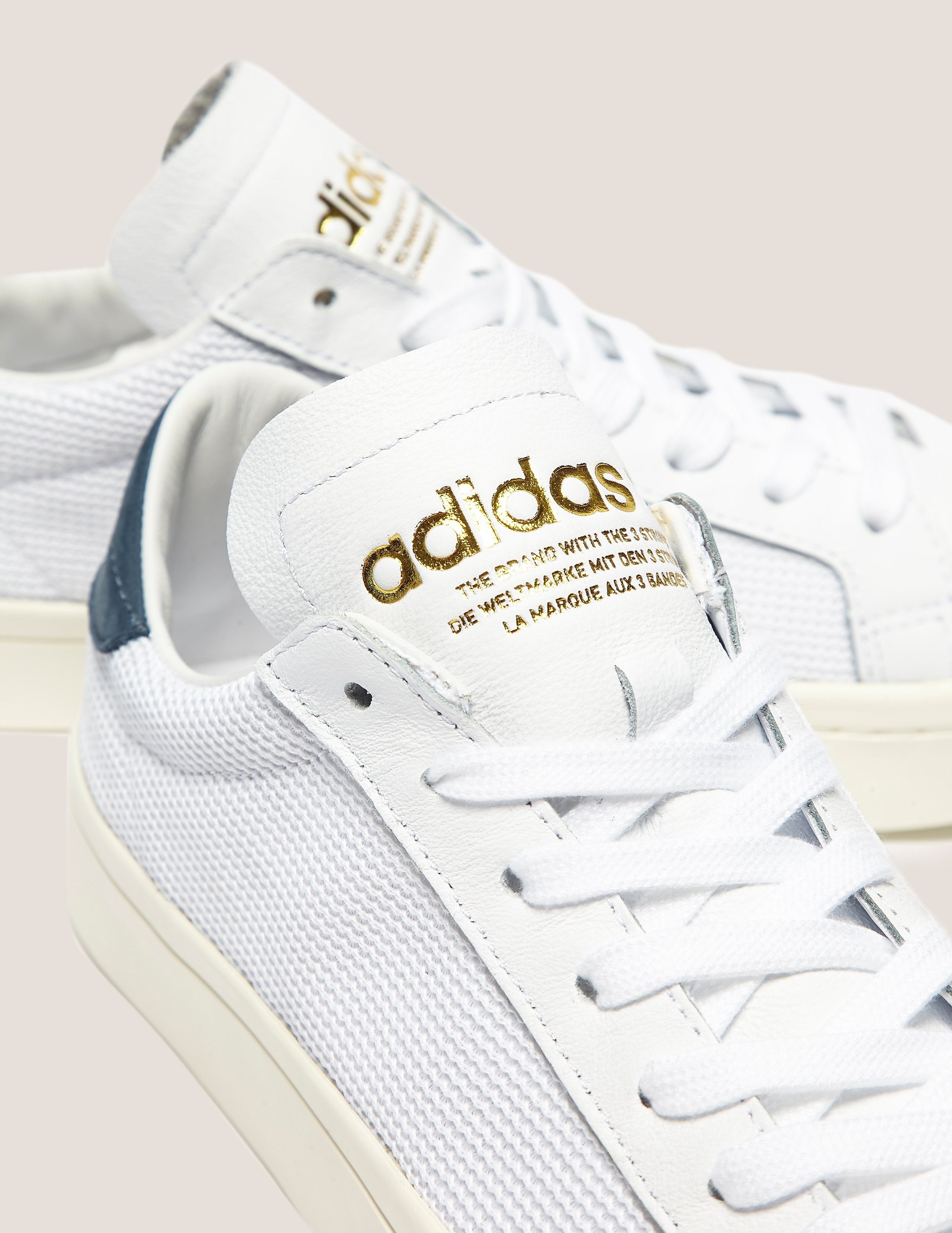 adidas Originals Court Vantage