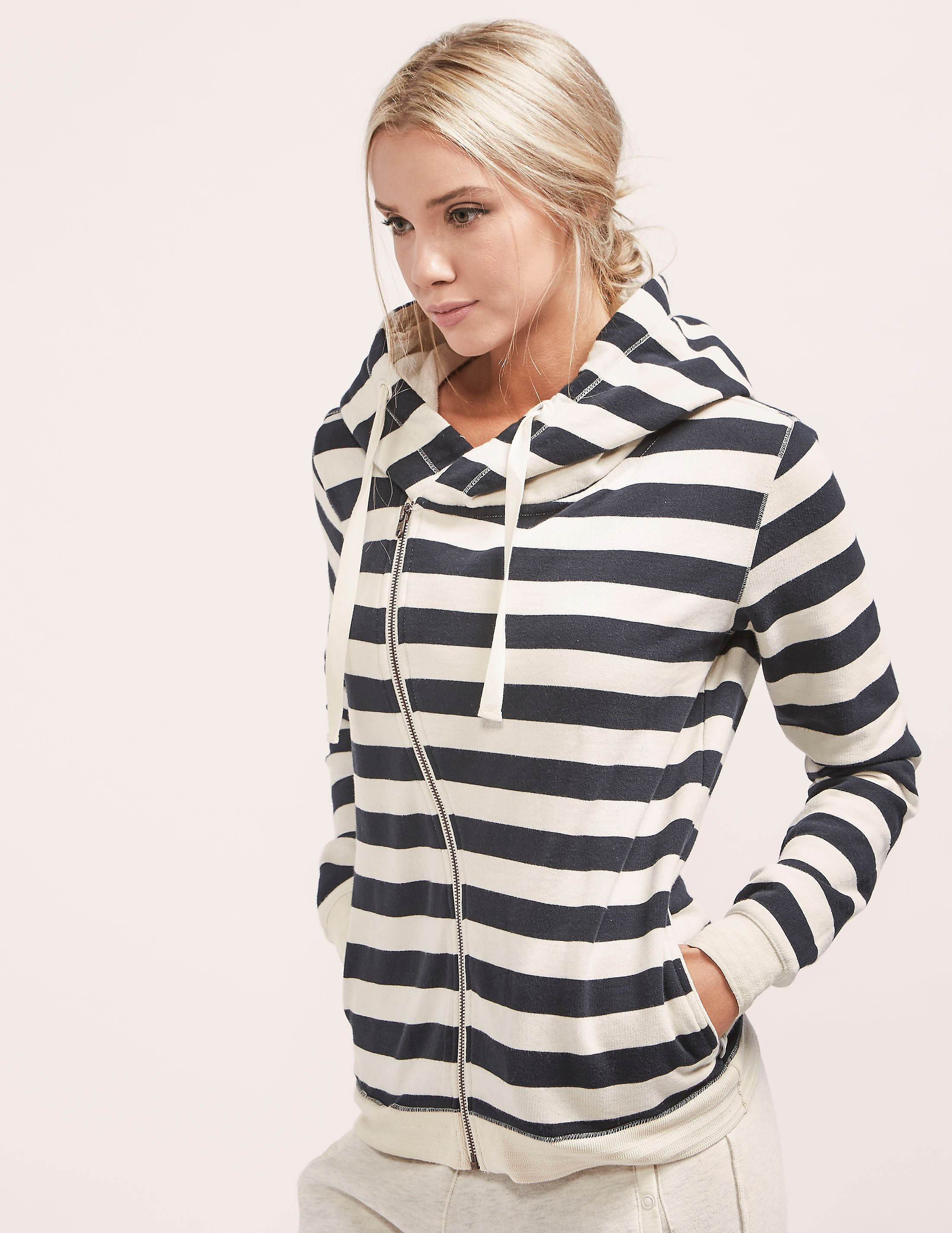 Maison Scotch Home Alone Zip Hoody
