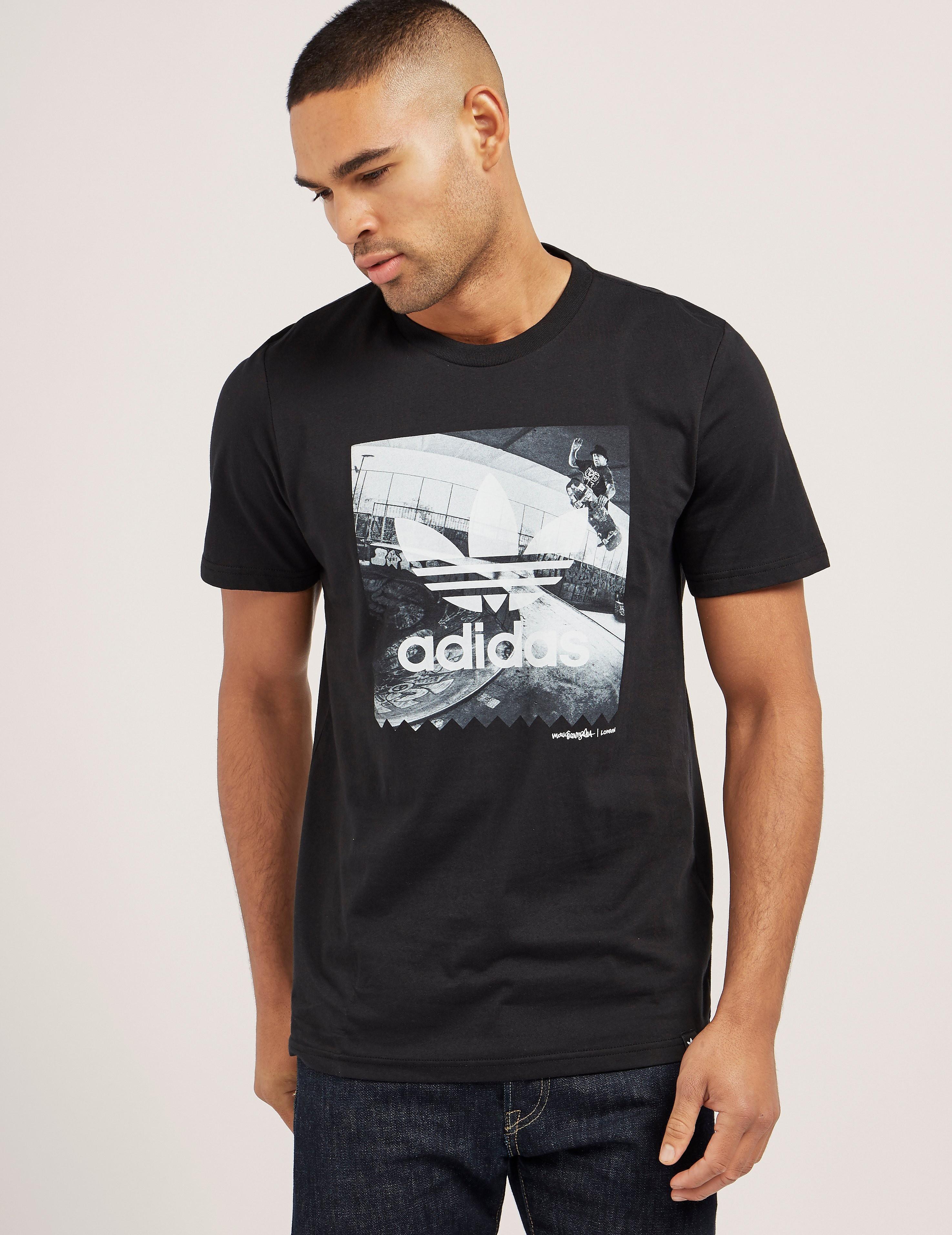 adidas Originals London Photo Short Sleeve T-Shirt